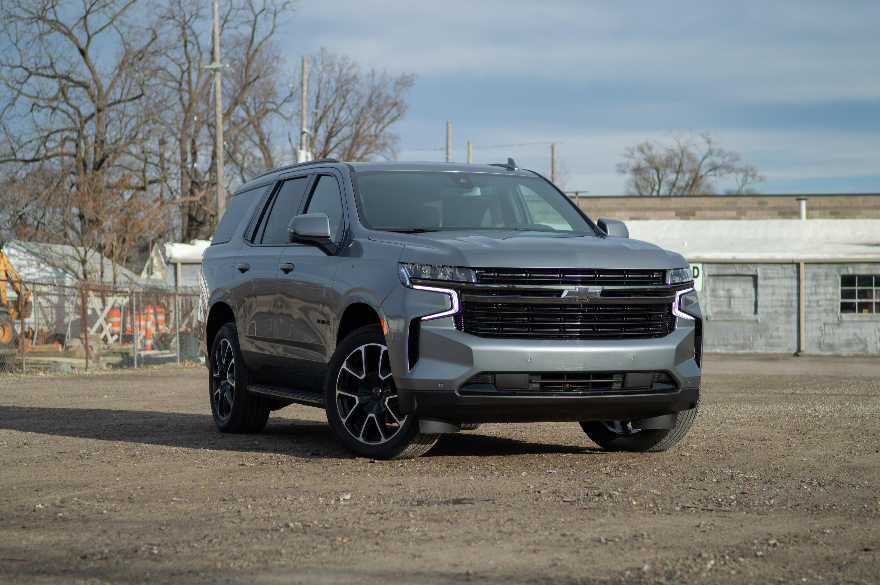GM's large SUVs recalled for potential seat belt defect - Roadshow