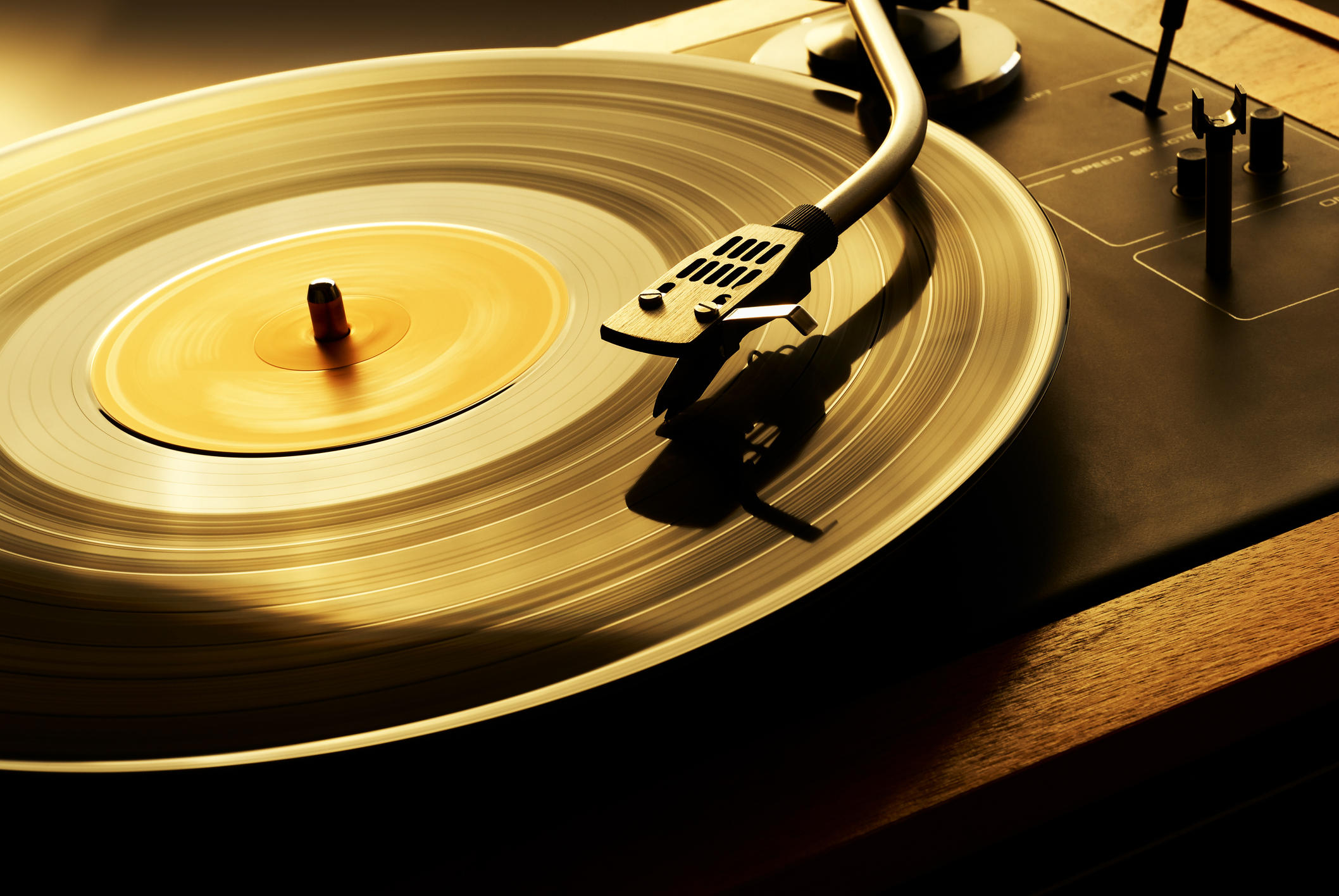 vinyl-records-lps-by-getty