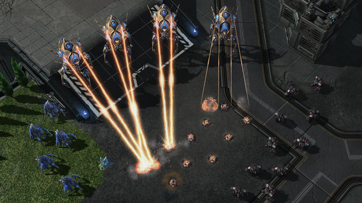 StarCraft pits humans and two alien species against each other in a real-time strategy game that requires players to keep track of military operations, resources, and manufacturing.