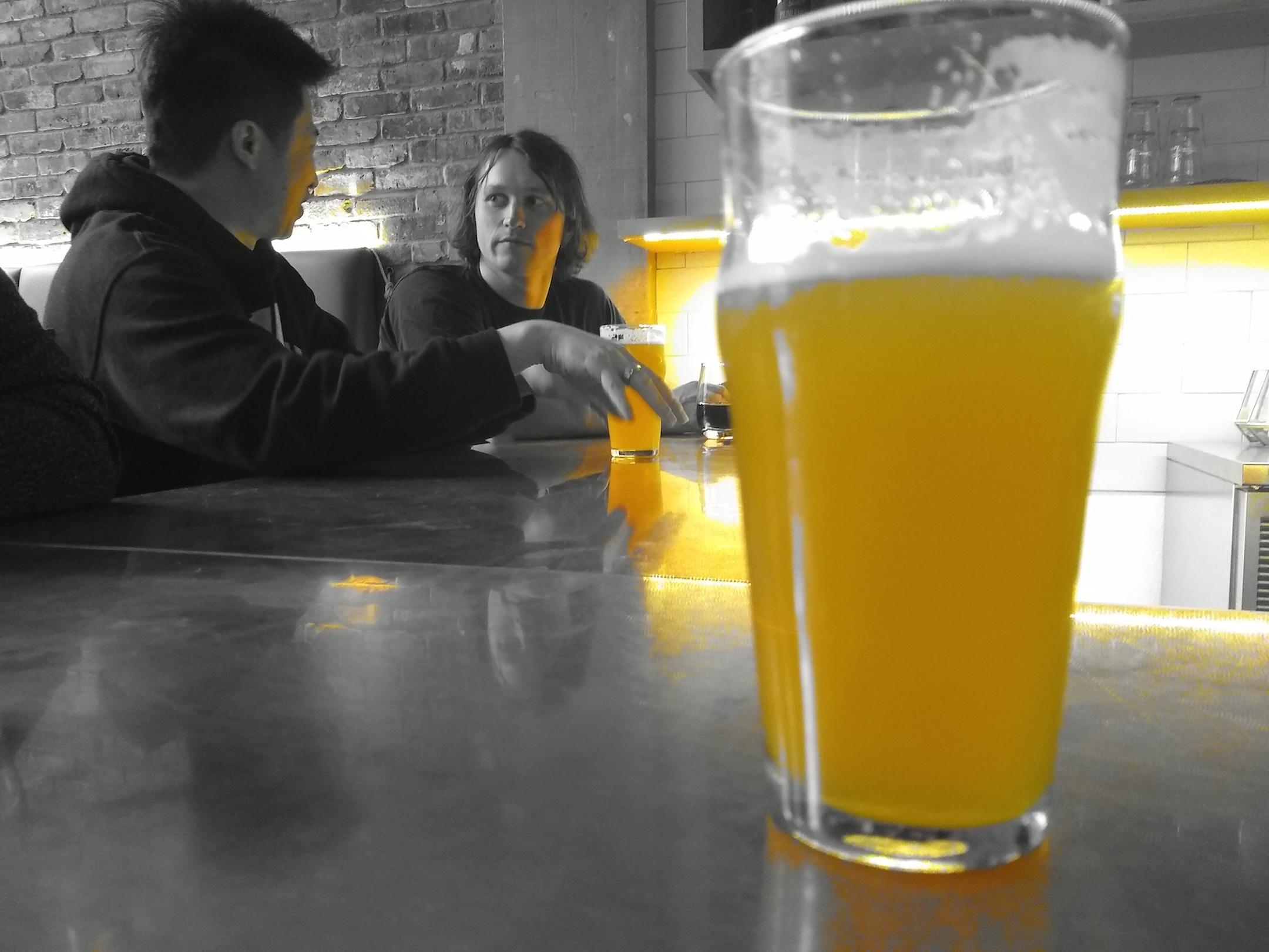 small-good-photo-spot-color-beer