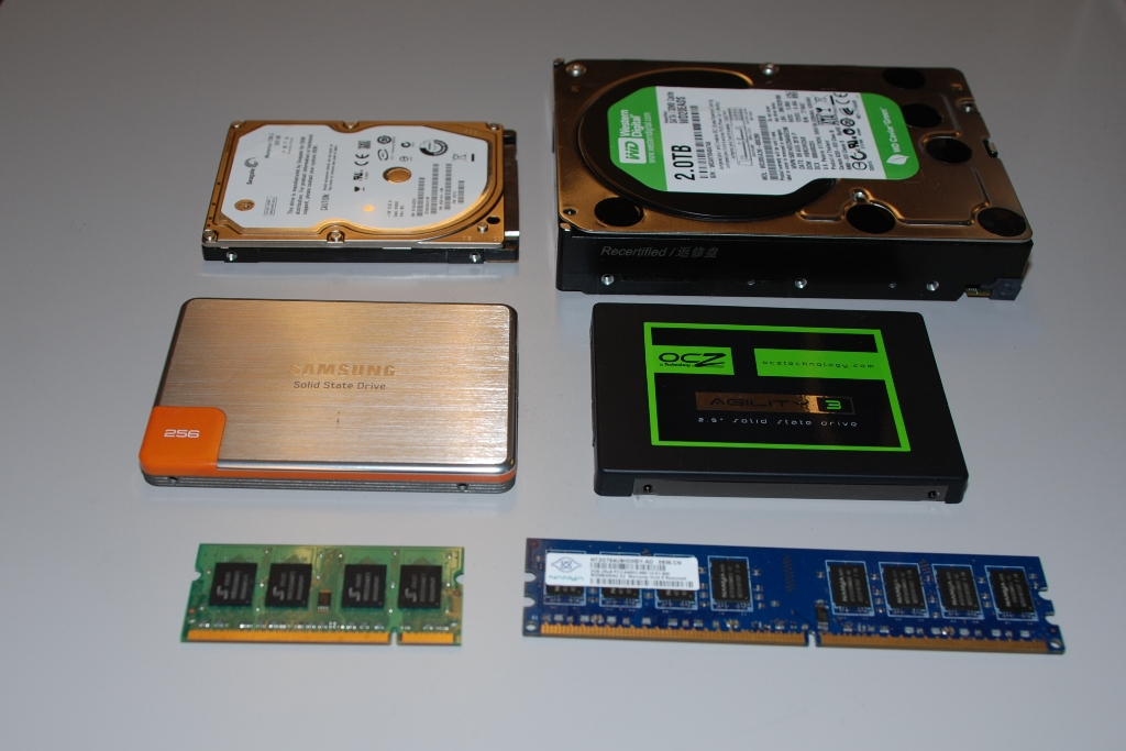 Storage devices and RAM. From top: hard drives (laptop and desktop versions), solid-state drives (the SATA2 Samsung 470 and the SATA3 OCZ Agility 3), and system memory sticks (DDR 2 laptop and desktop versions).