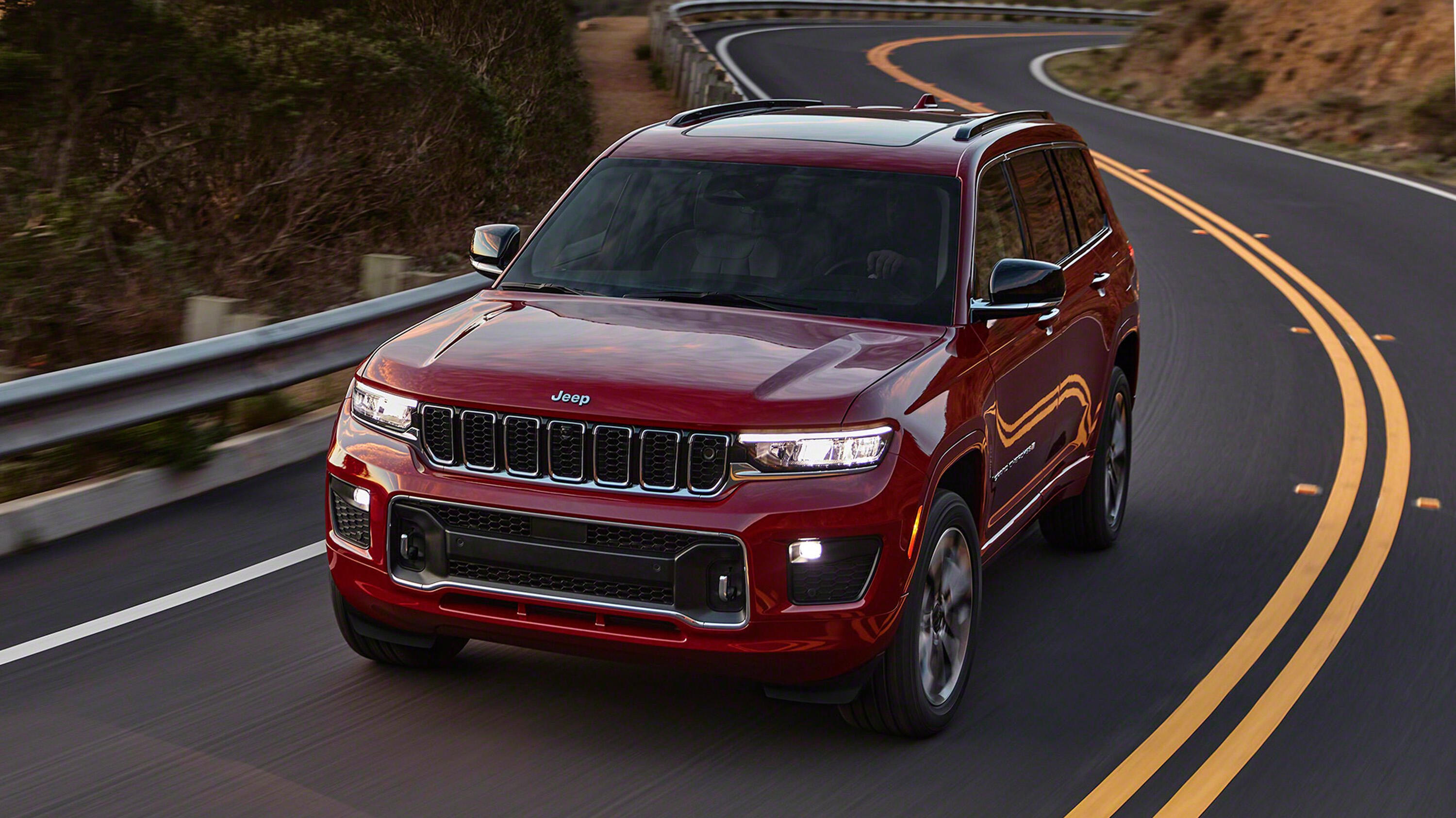 Video: Jeep shows off the three-row 2021 Jeep Grand Cherokee