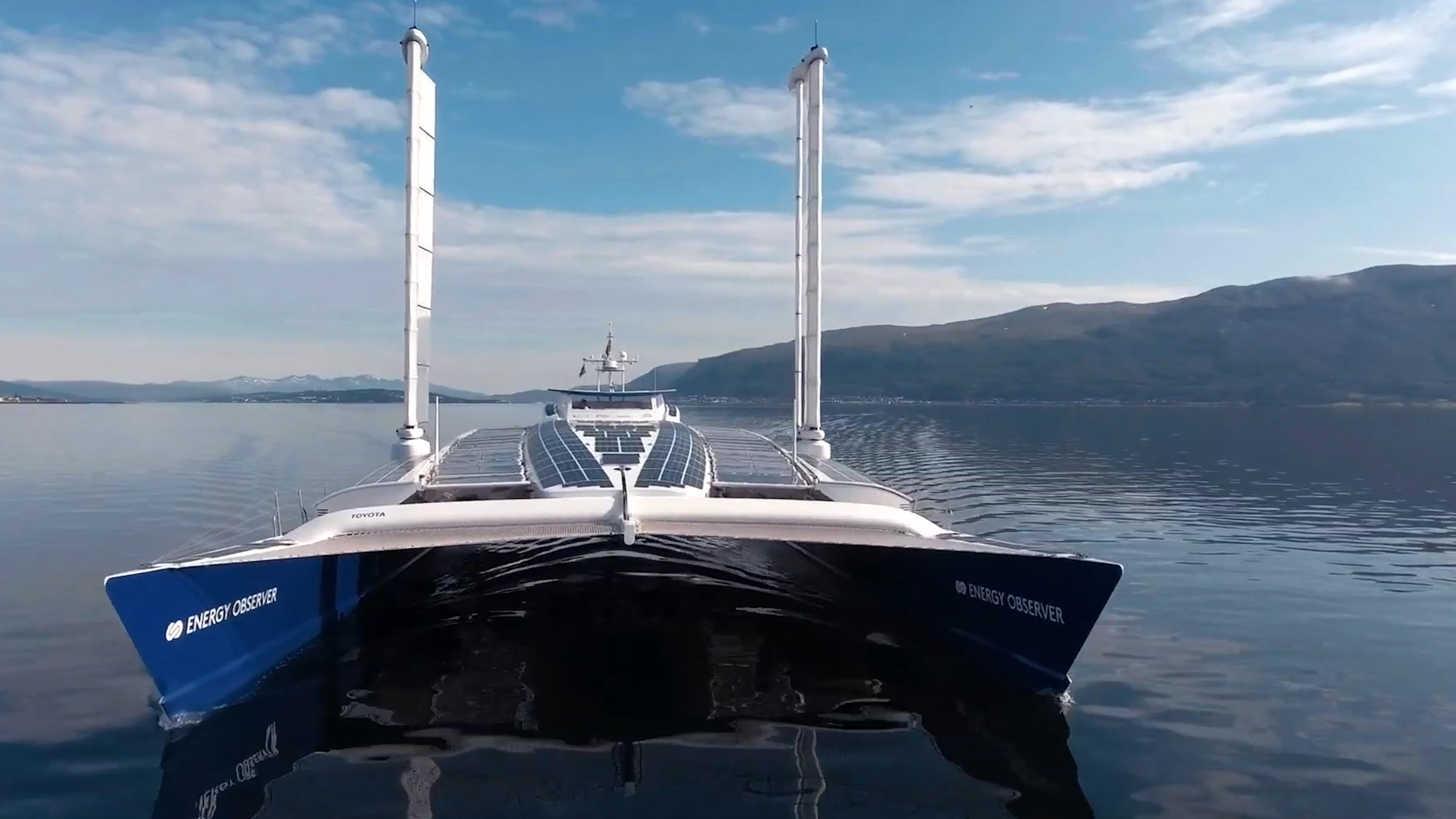 Video: First boat to make its own hydrogen fuel from seawater