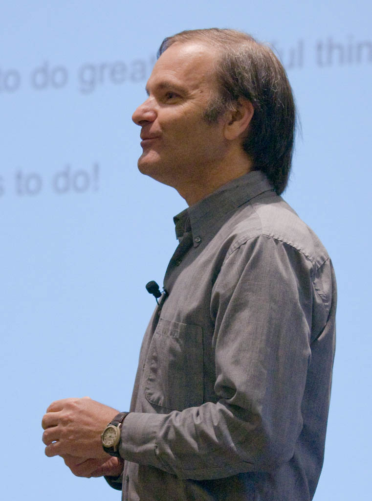 Udi Manber, head of search engineering at Google, speaks Wednesday at the Gilbane Conference.