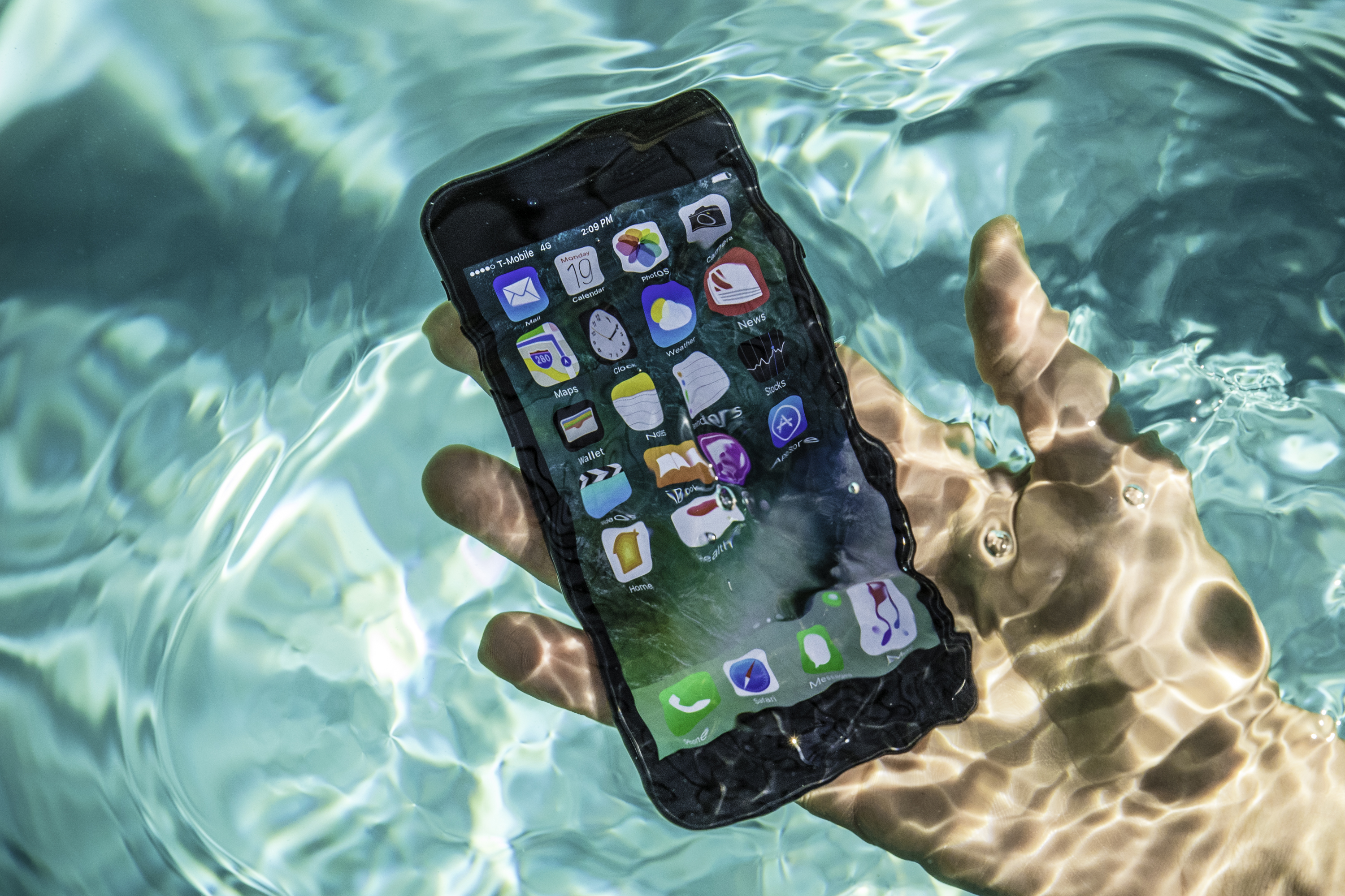 This application will show you how water safe your phone truly is