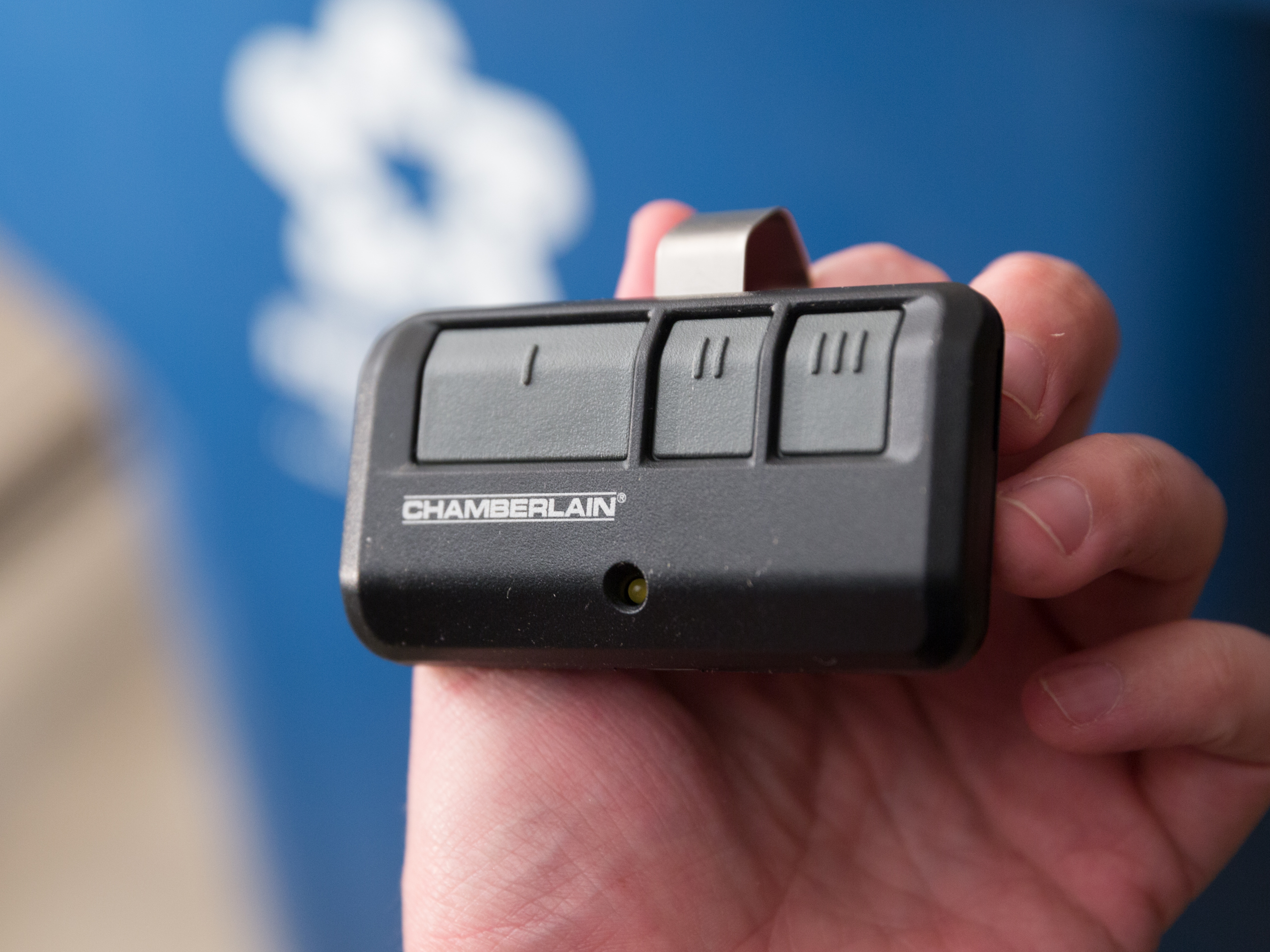 chamberlain-wifi-garage-door-opener-product-photos-11.jpg
