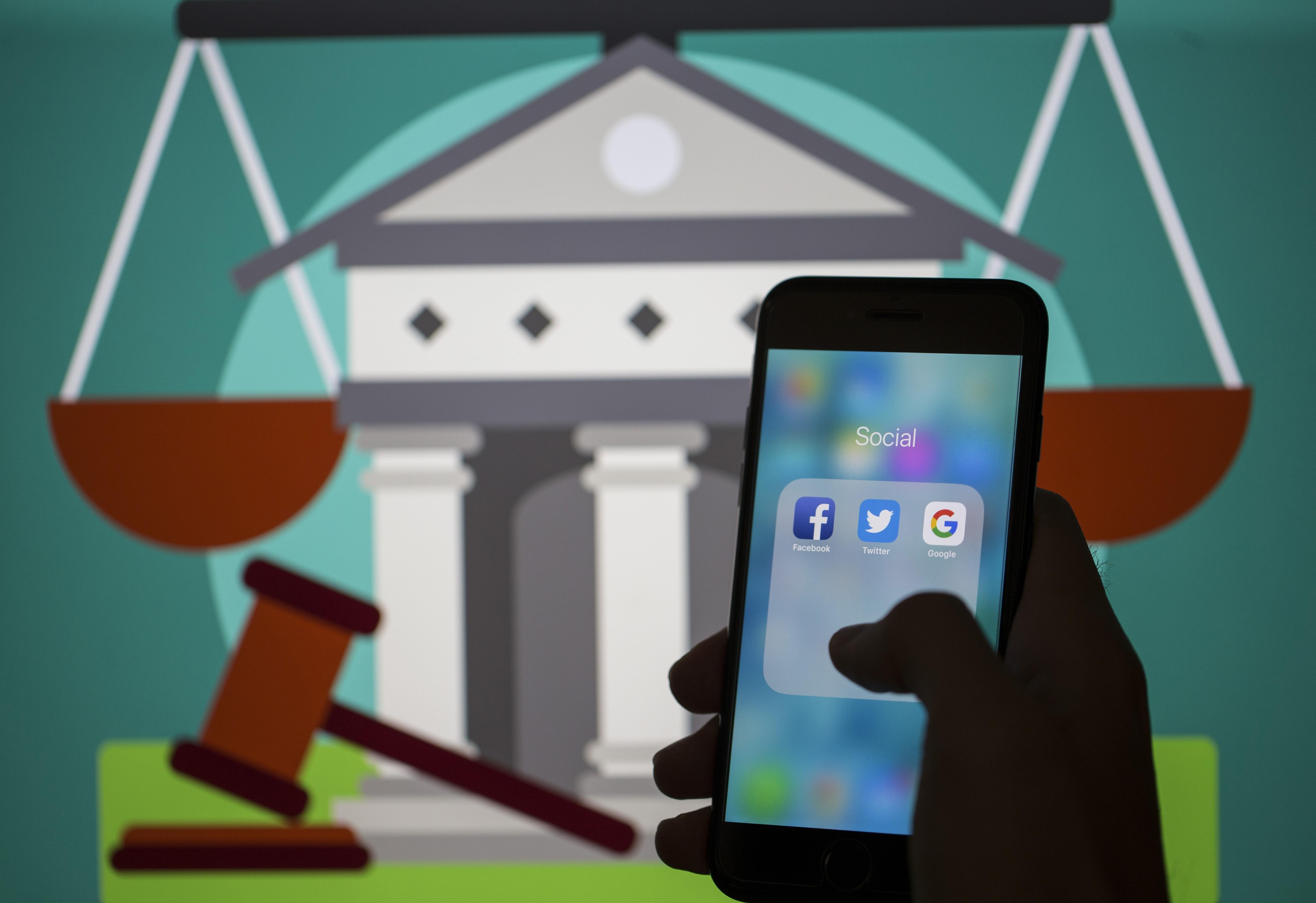 <p>ANKARA, TURKEY - SEPTEMBER 5: A smart phone with the icons for the Facebook, Twitter, Google applications is seen in Ankara, Turkey on September 5, 2018.</p>