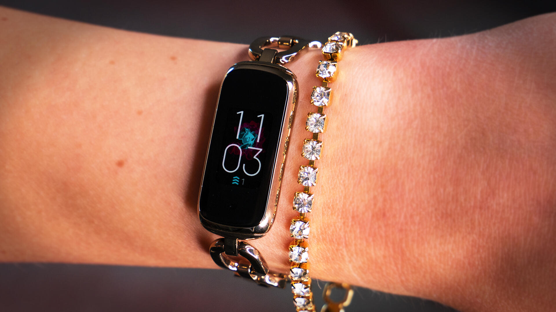 Video: The Fitbit Luxe matches style with substance