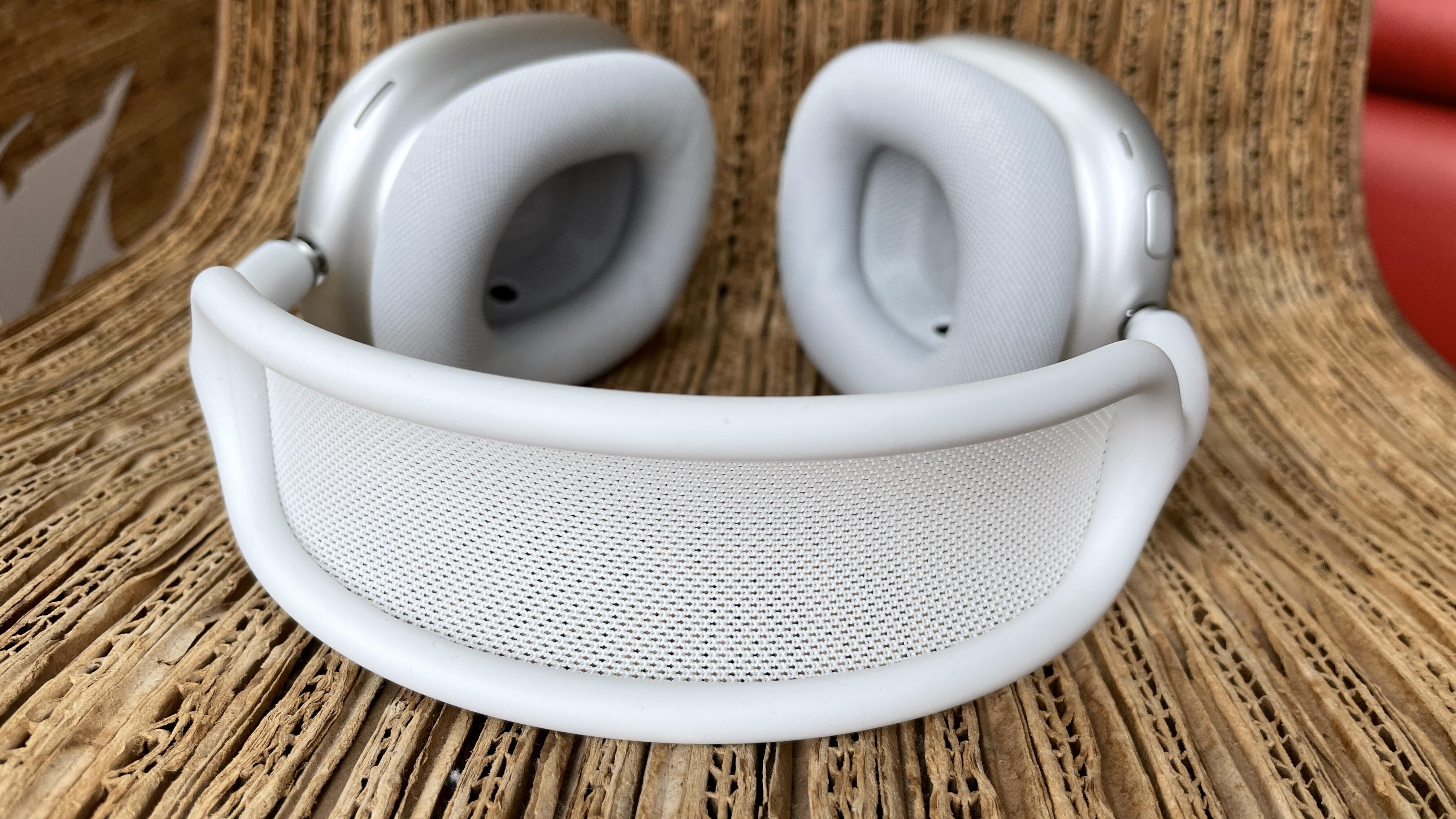 airpods-max-mesh-canopy