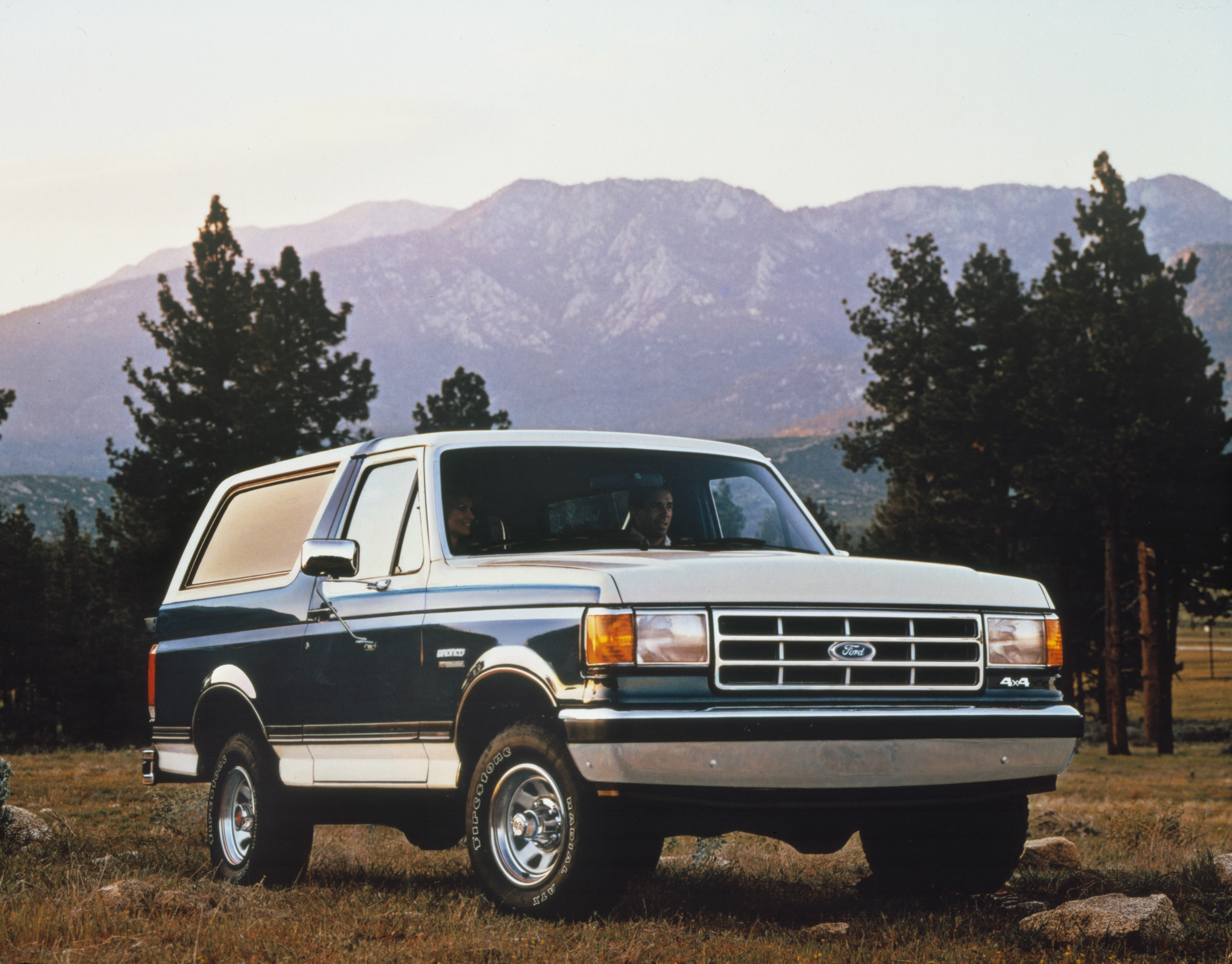 1987-ford-bronco
