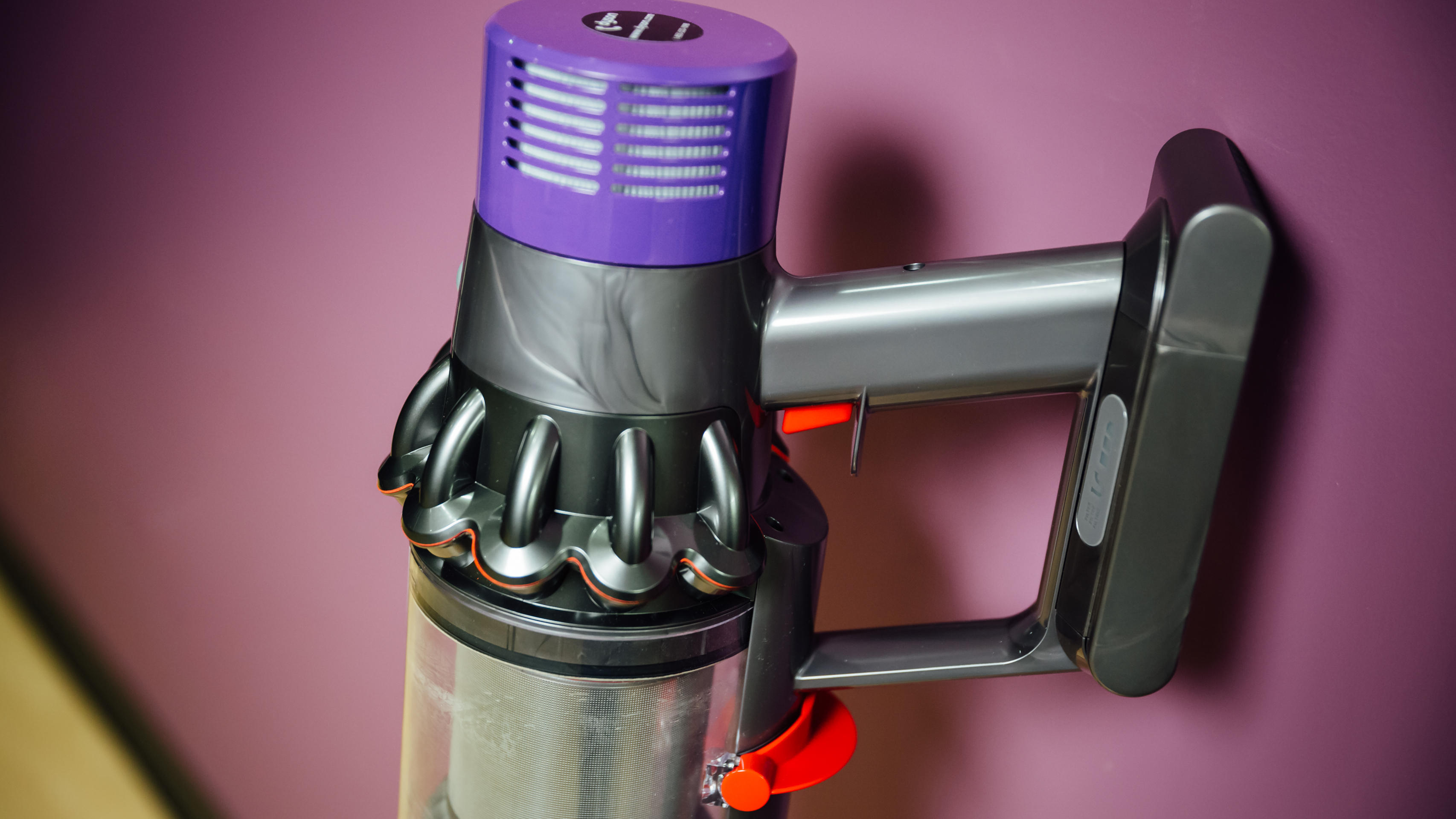 dyson-cyclone-v10-absolute-product-photos-4