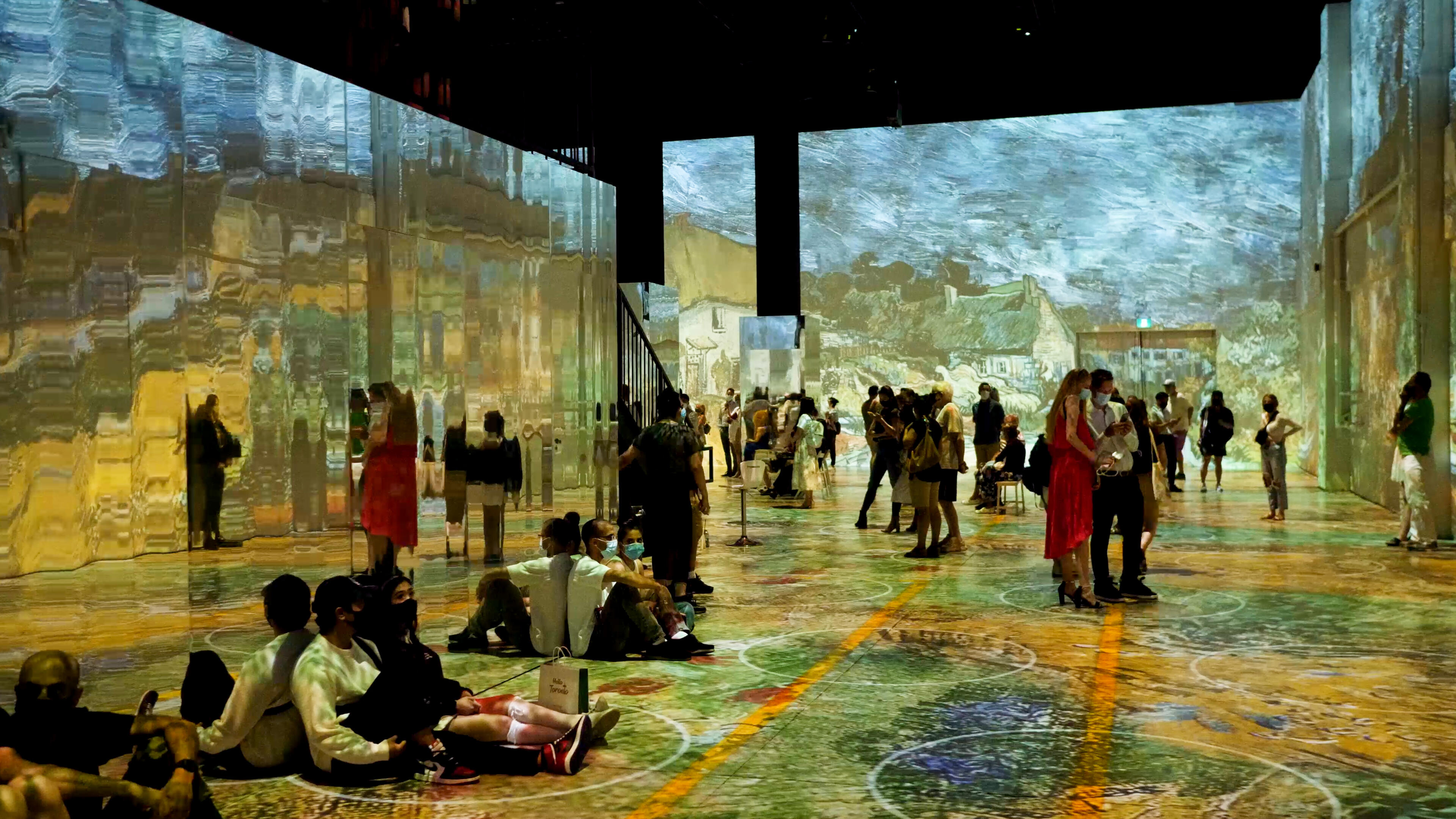 Video: Immersive Van Gogh puts you inside the artist's paintings