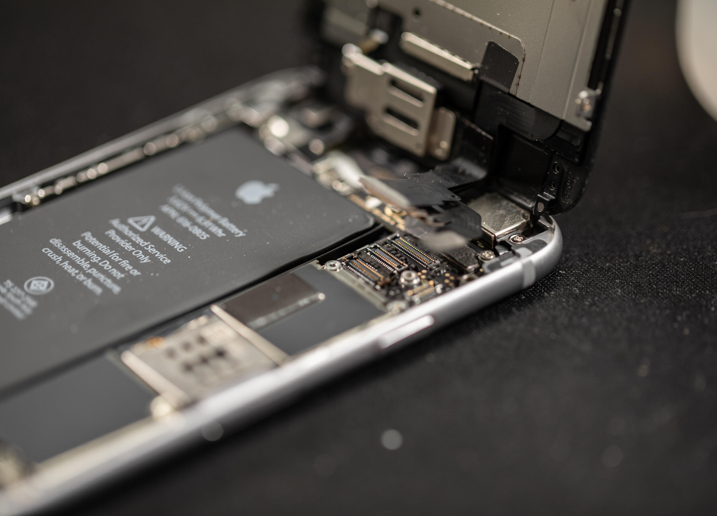 iphone-battery-replace-5