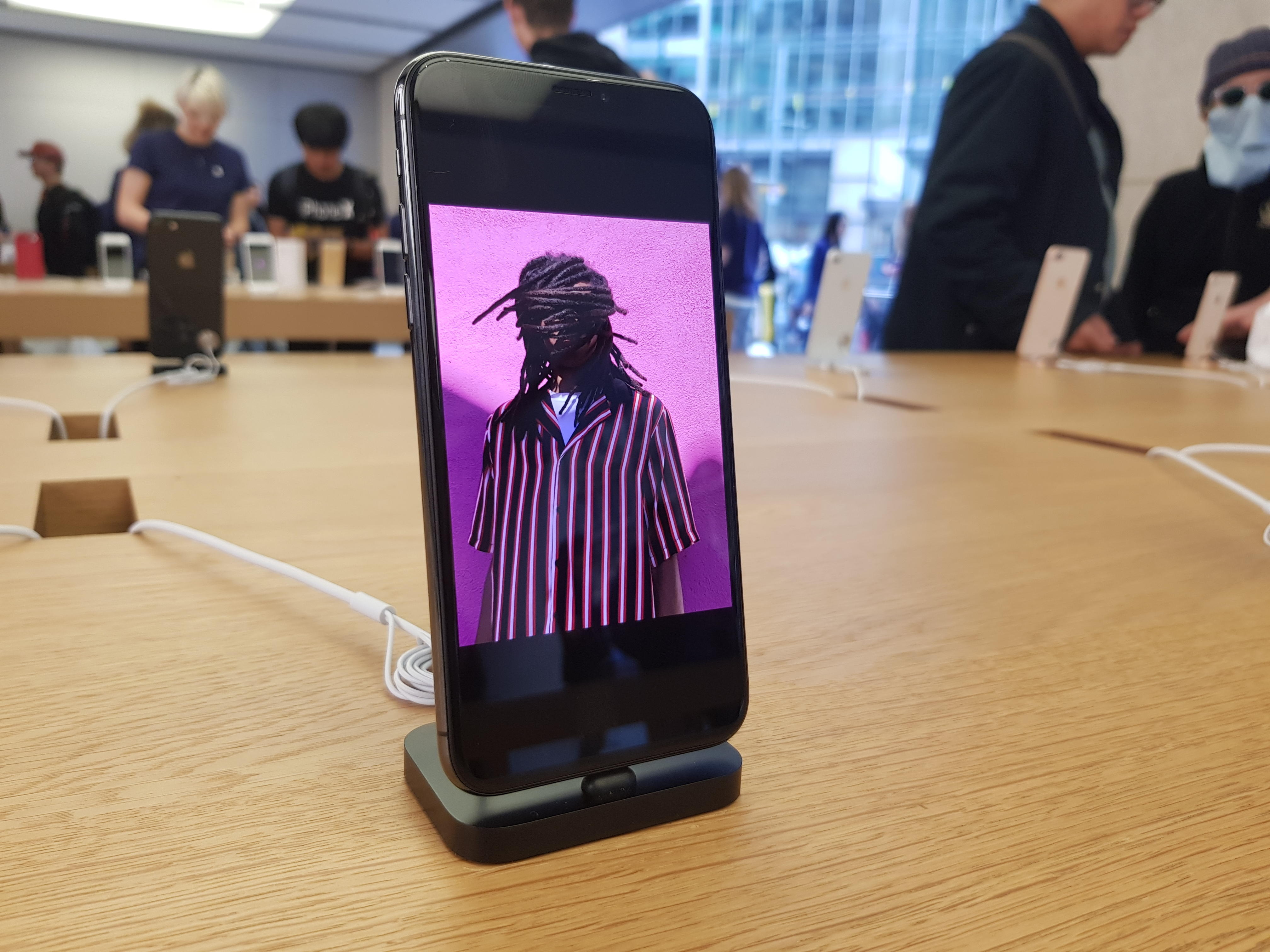 iphone-x-launch-syd-1