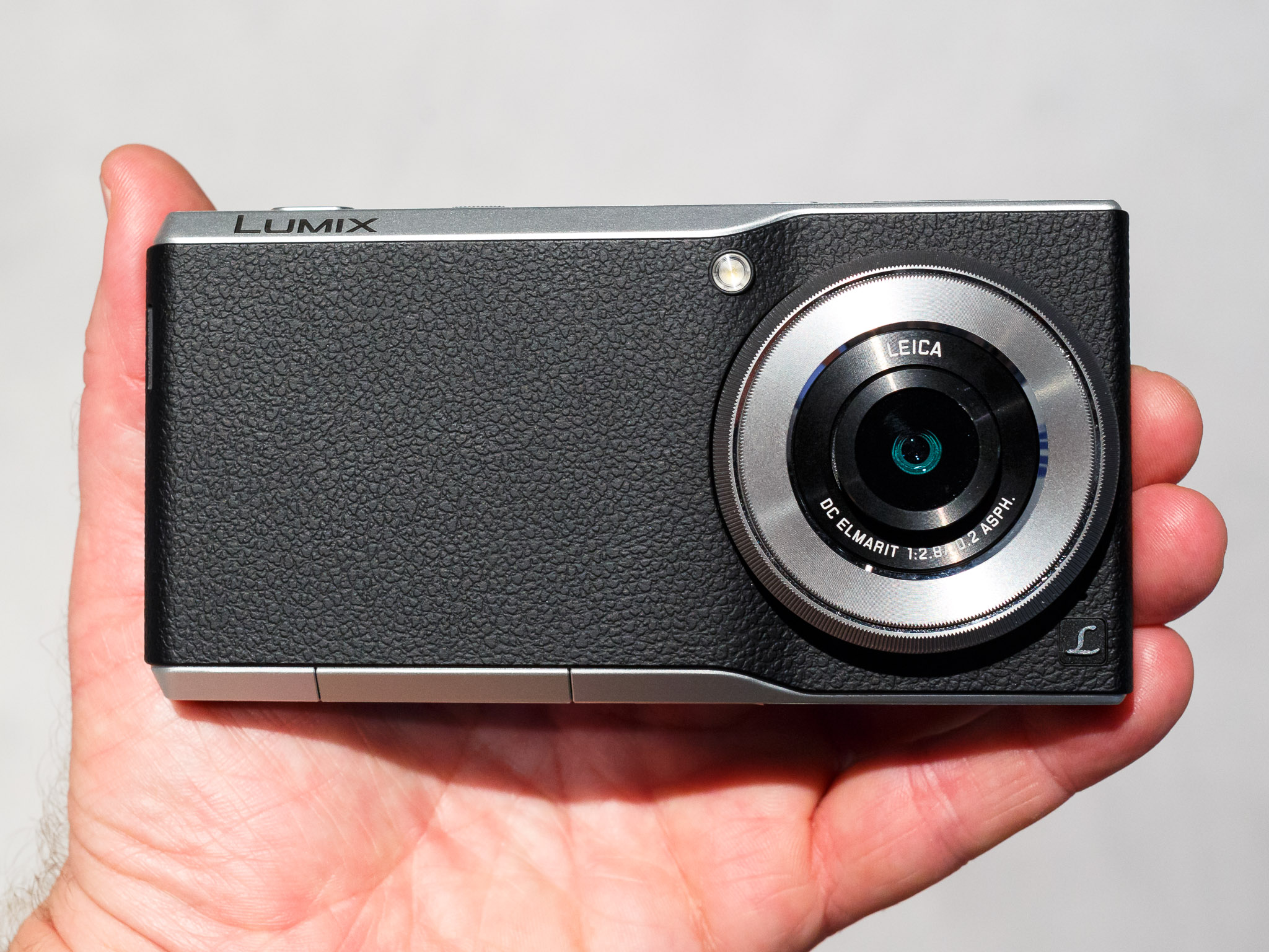 The Panasonic CM1 is an unusual marriage of Android smartphone and slim, higher-end camera.