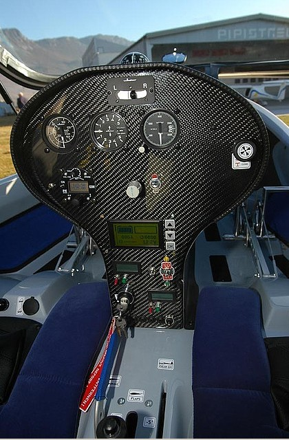 Because the Taurus Electro is a glider, the controls are relatively simple. The most a pilot would need is a GPS and a gliding computer, according to Pipistrel.