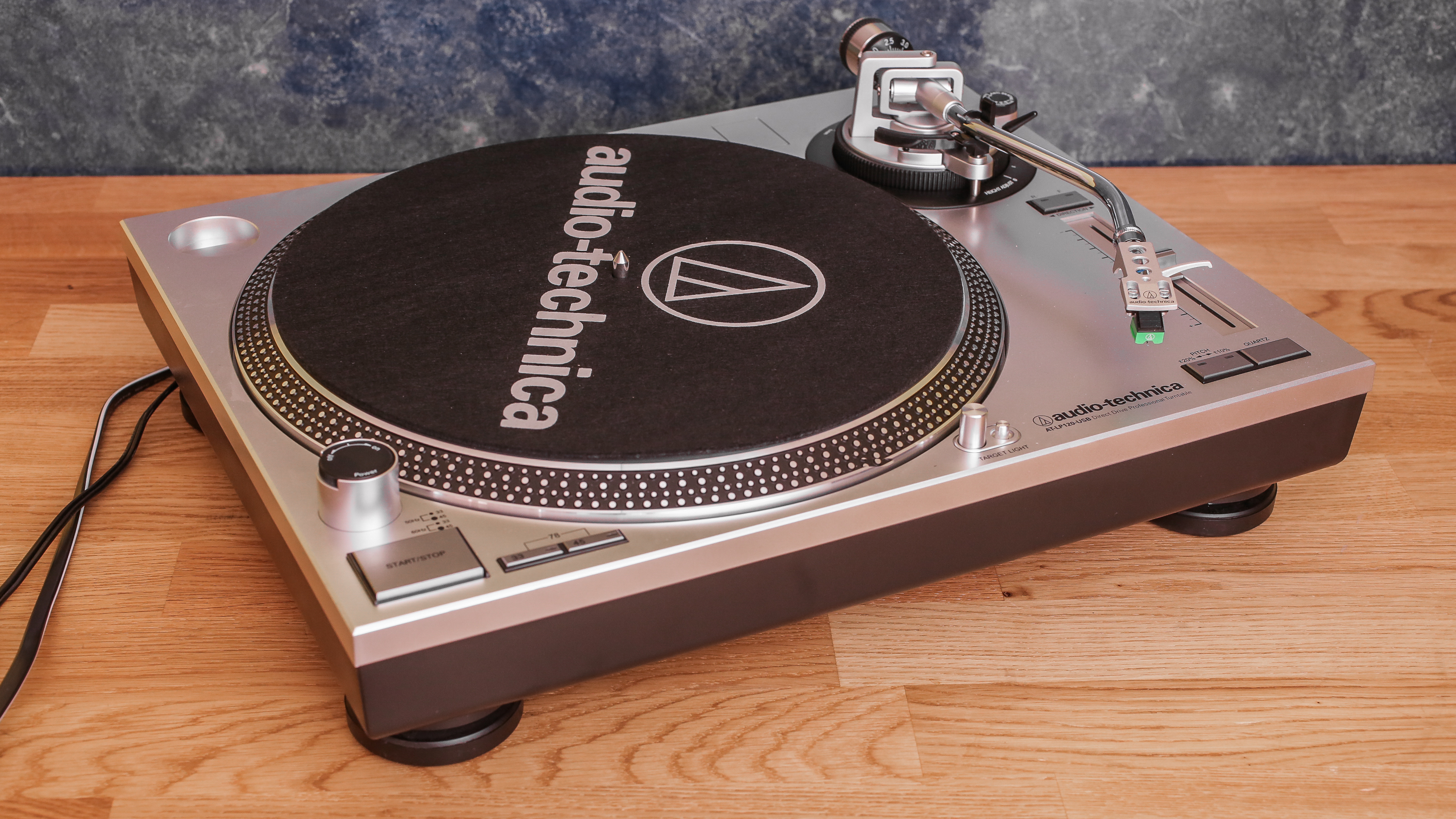 audio-technica-at-lp120-01.jpg