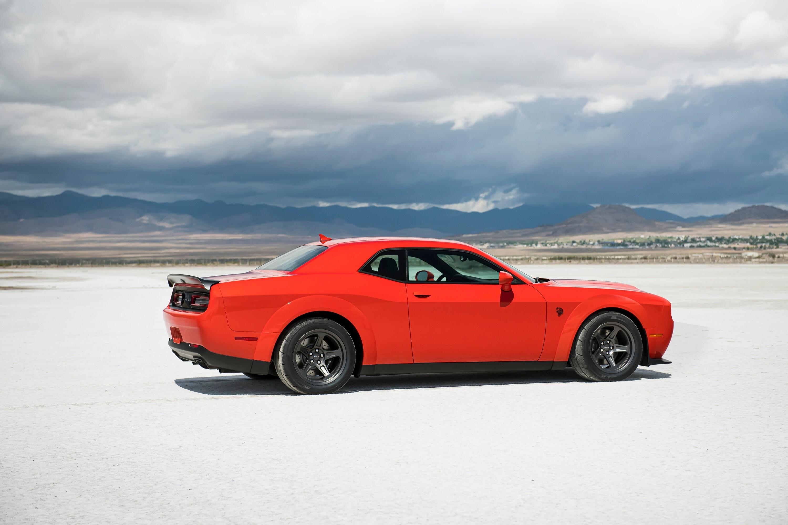 2021-dodge-challenger-srt-superstock-029