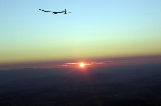 As the sun set, the Solar Impulse stayed in the sky, powered solely by its charged batteries.