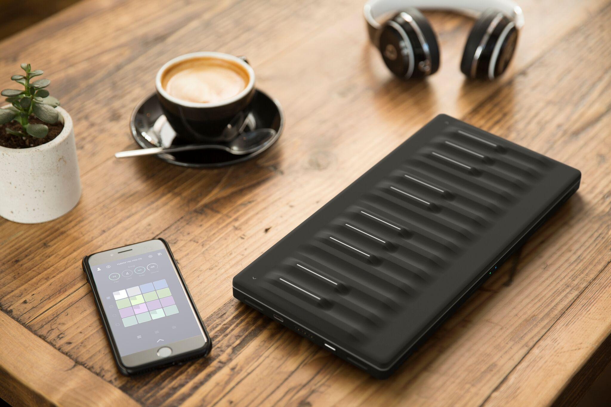 roli-seaboard-block-and-touch-block-07-high-res
