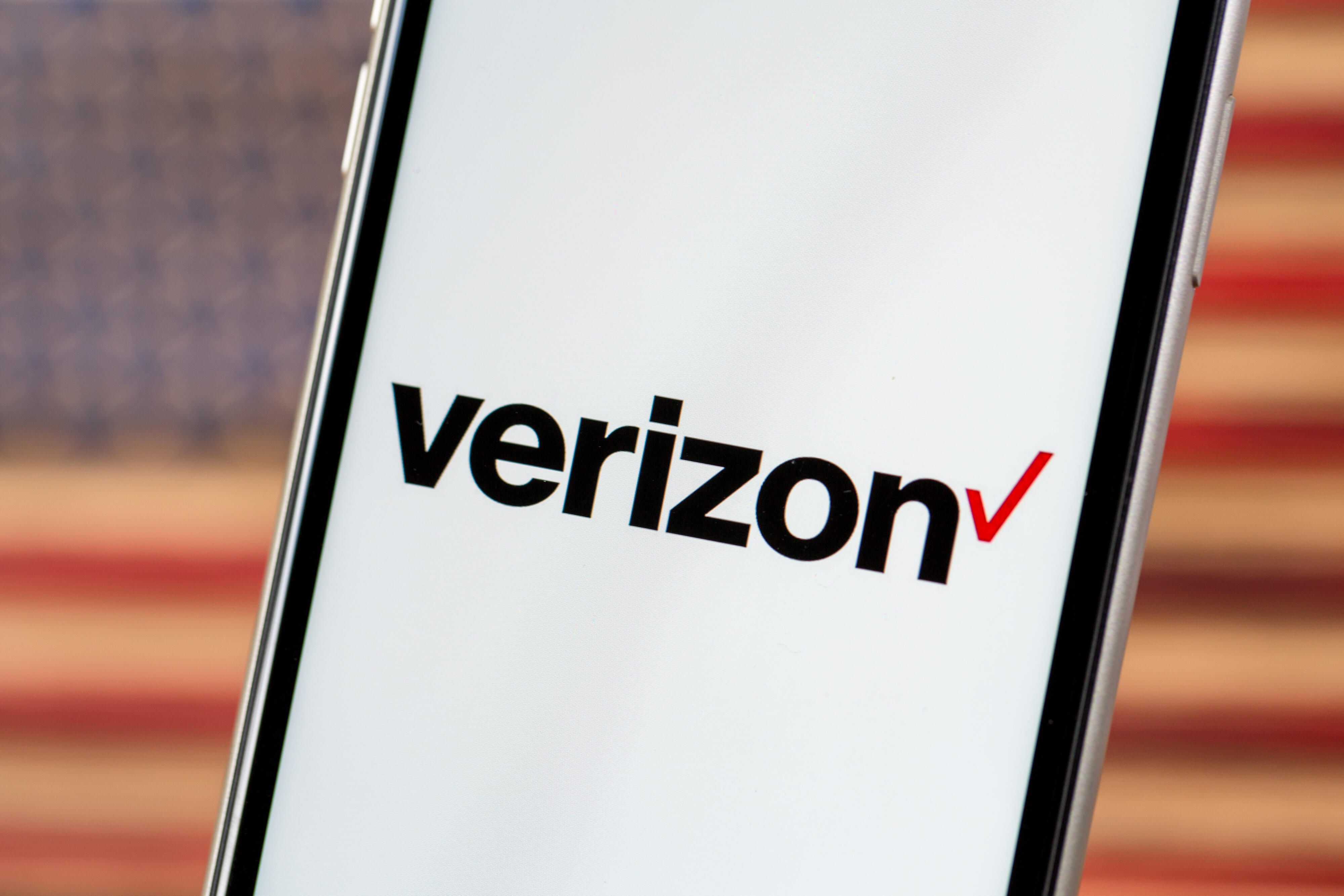 verizon-logo-phone-7153