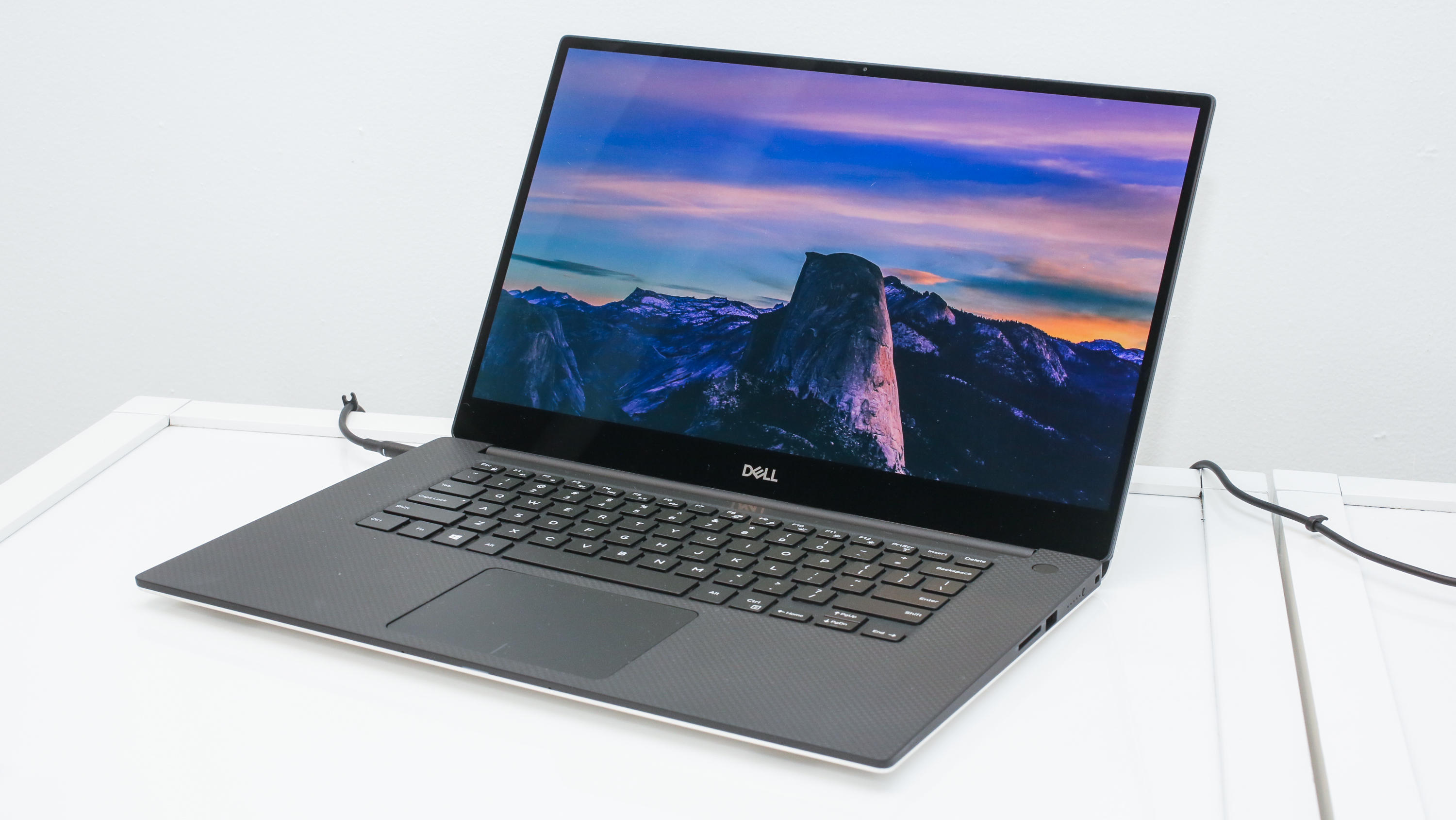 13-dell-xps-15-oled