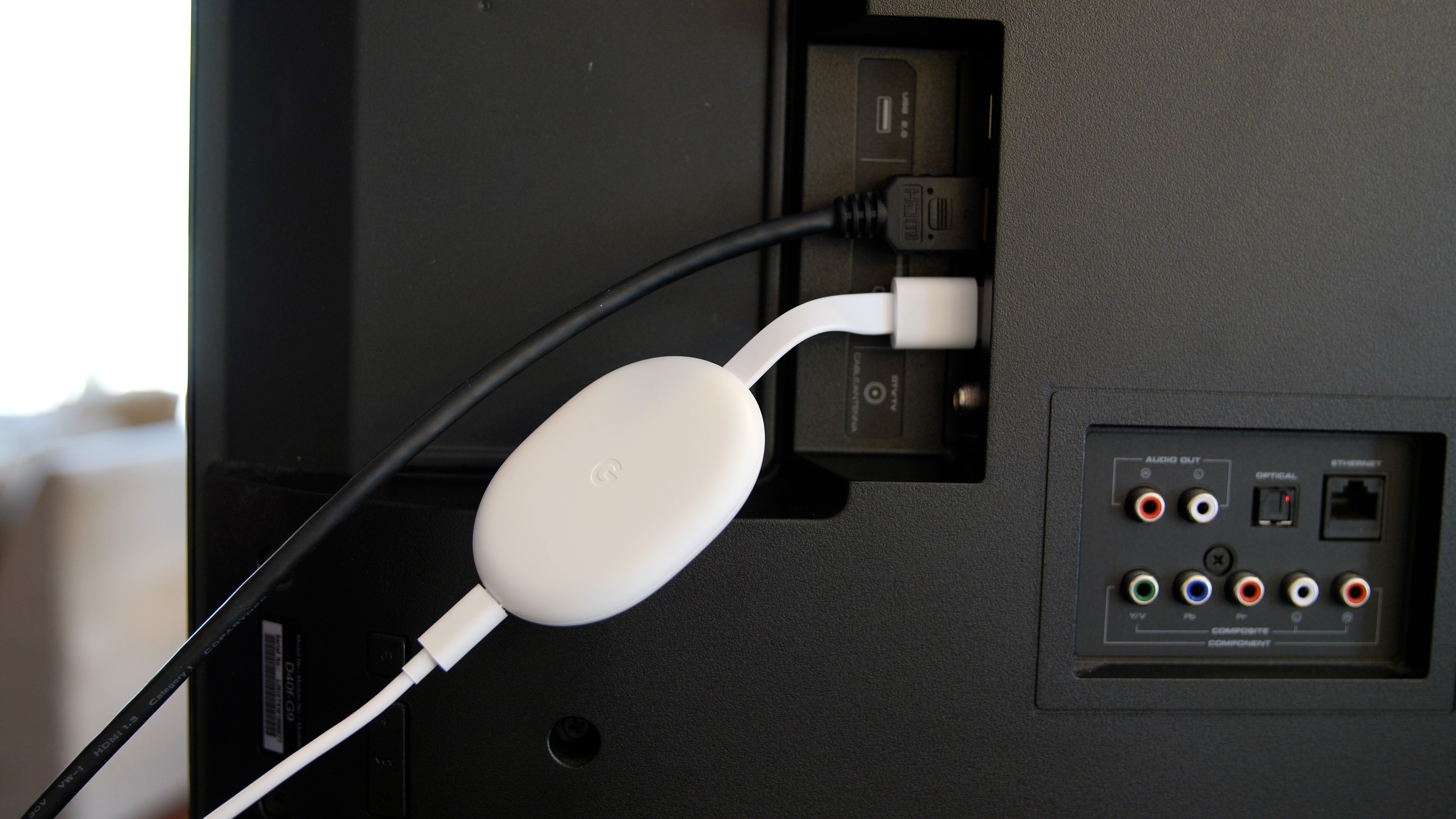 Video: How to set up the Chromecast with Google TV and the voice remote