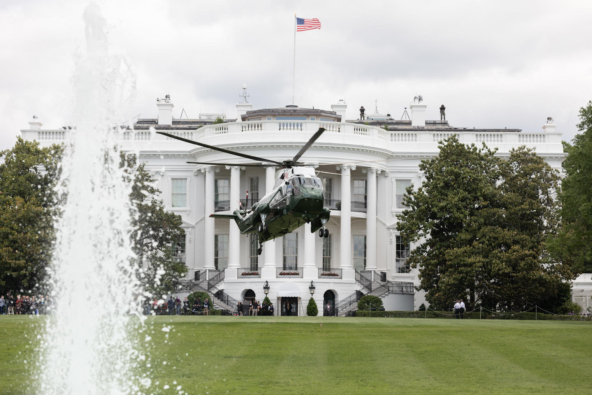 whitehouse-marineone-2official-white-house-photo-by-joyce-n-boghosian