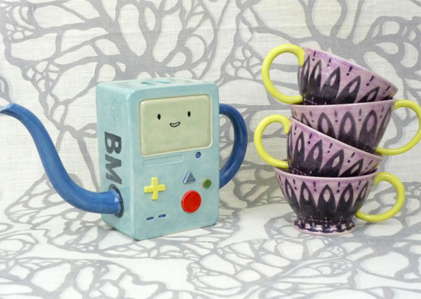 Beemo Tea Set