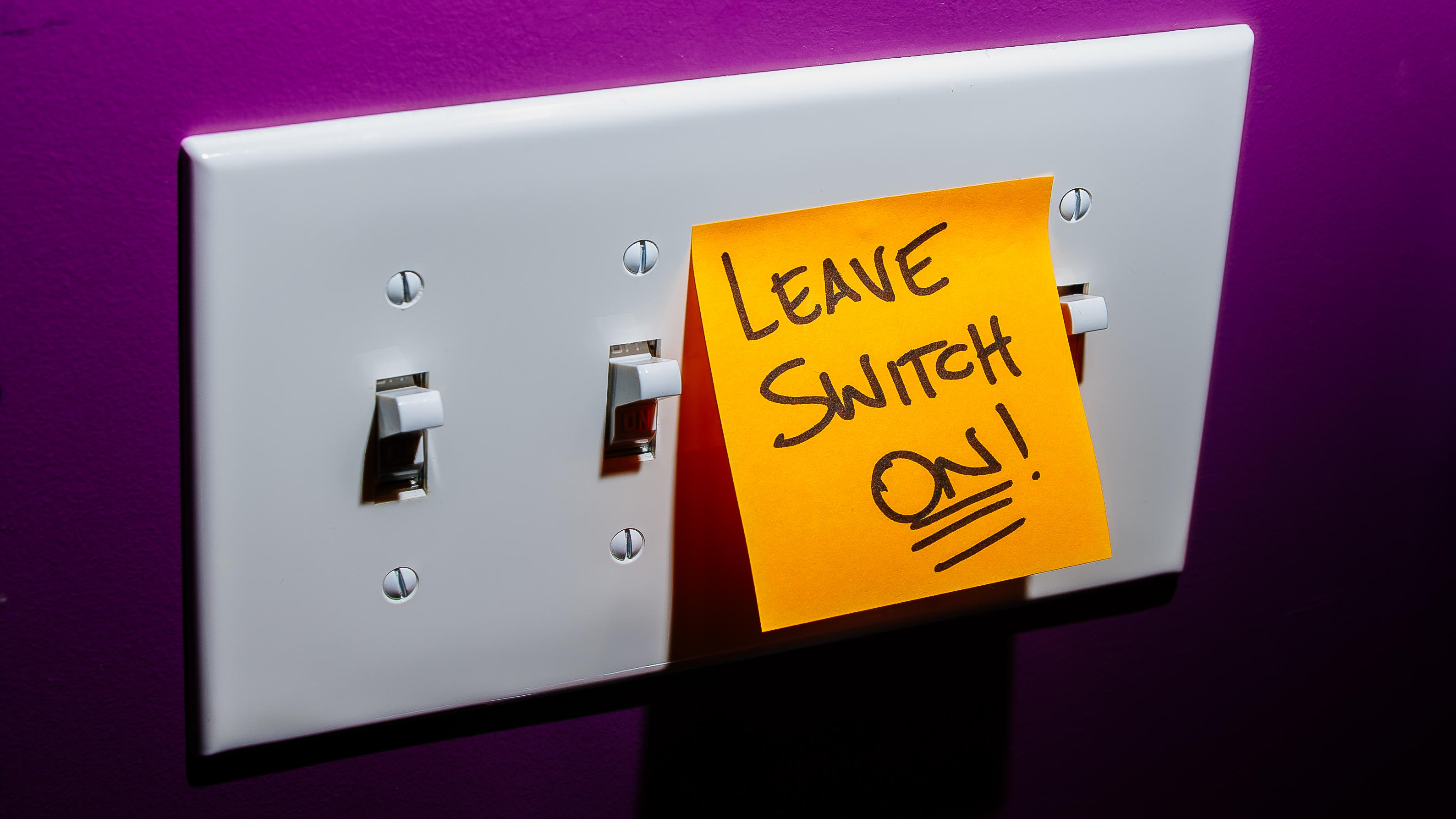 leave-switch-on-1-smart-bulbs-dumb-switches