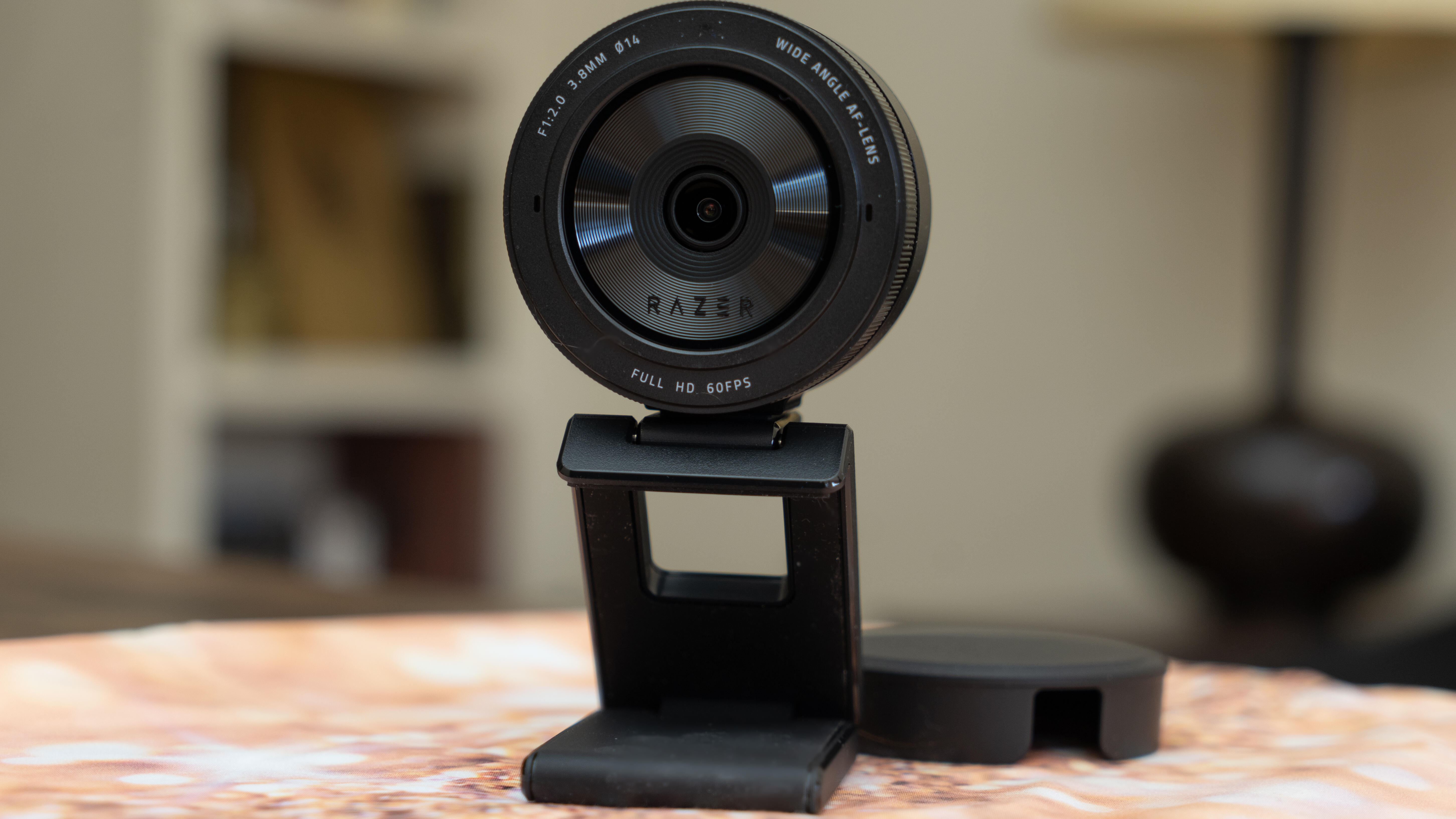 Razer Kiyo Pro webcam improves its image for game streamers and home  workers - CNET