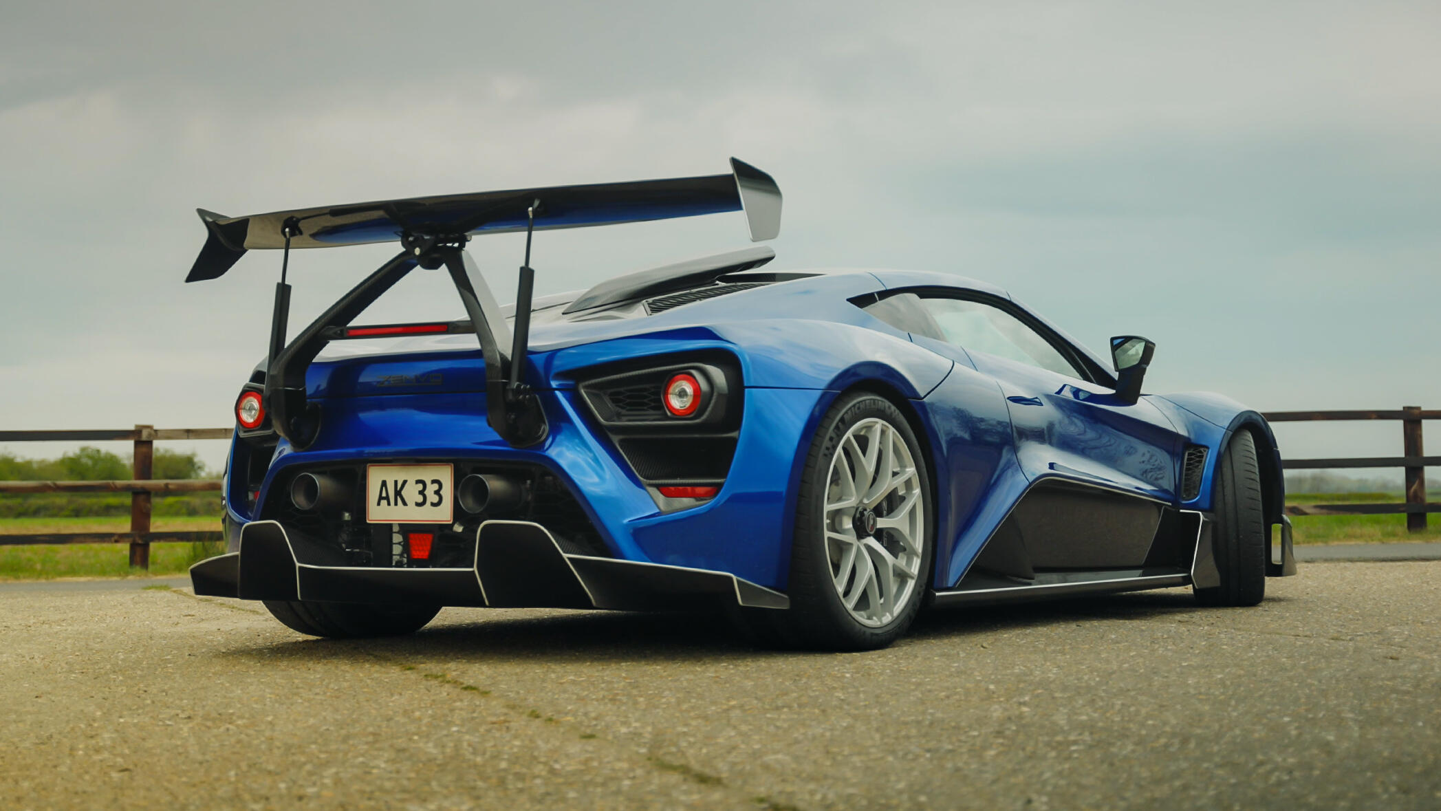 Video: The Zenvo TSR-S has a neat party trick with its active rear wing