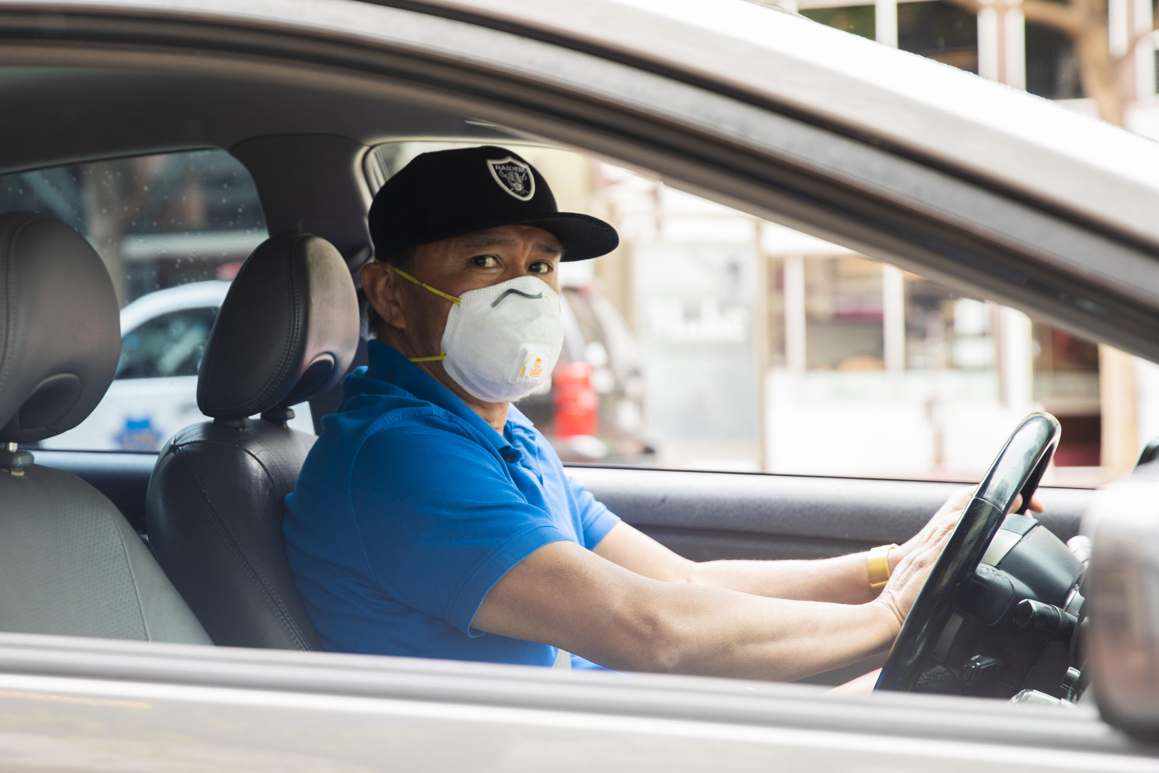 Uber may now require passengers to take a mask selfie before rides