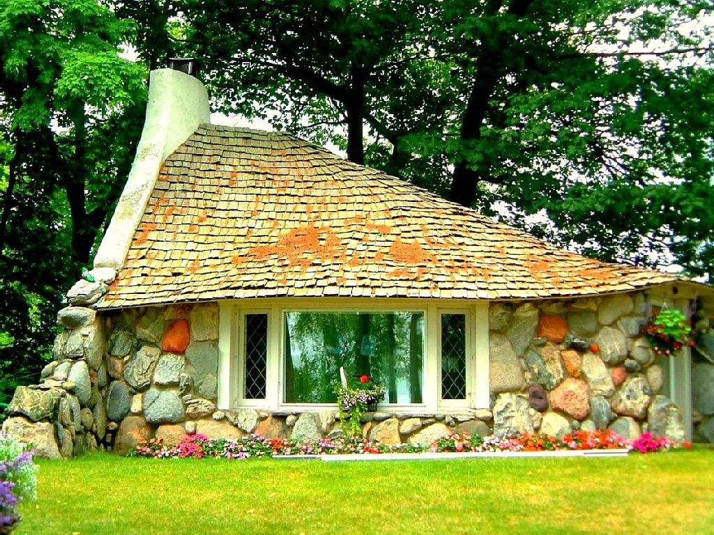 A stone cottage overlooking Lake Michigan