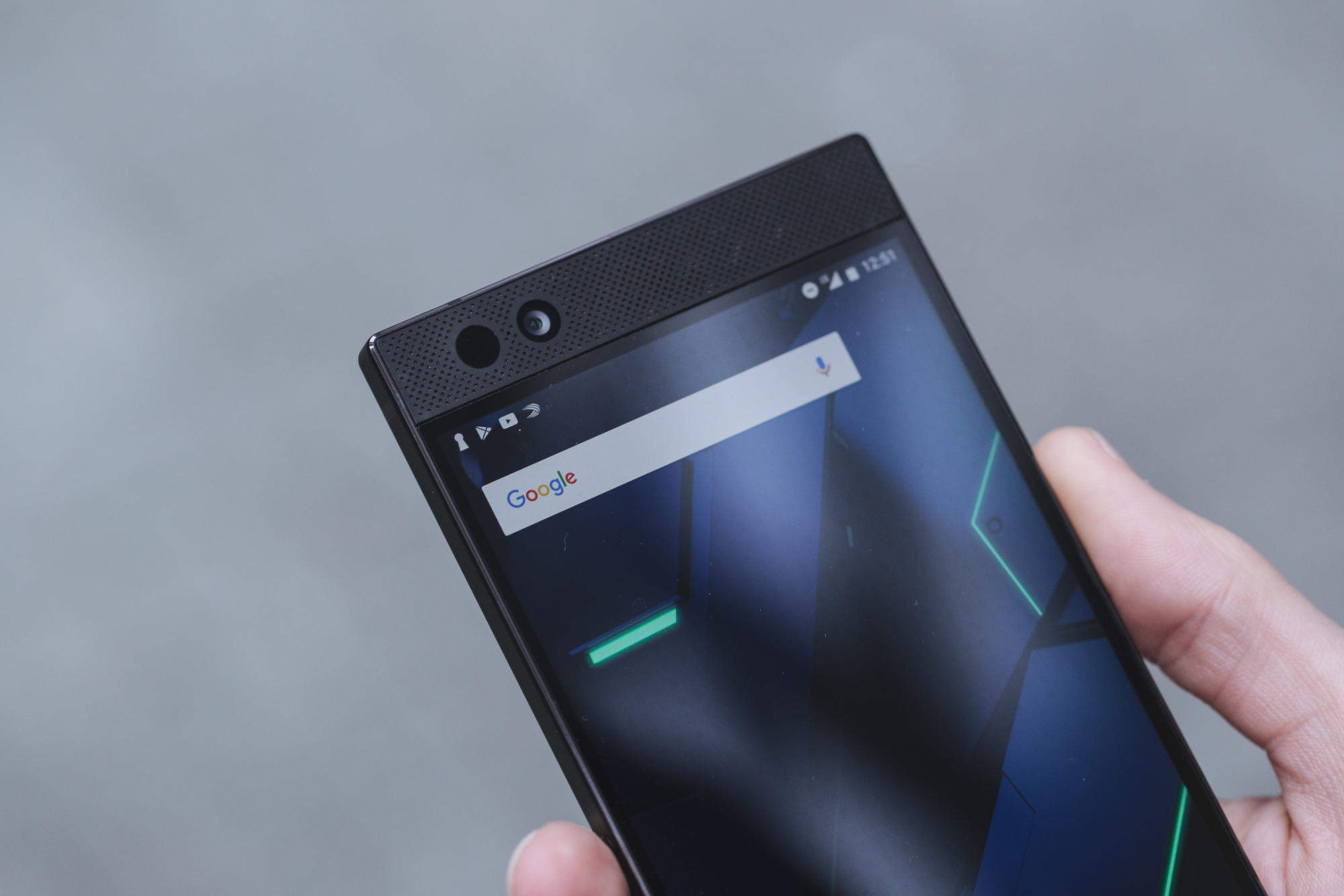 razer-phone-product-2