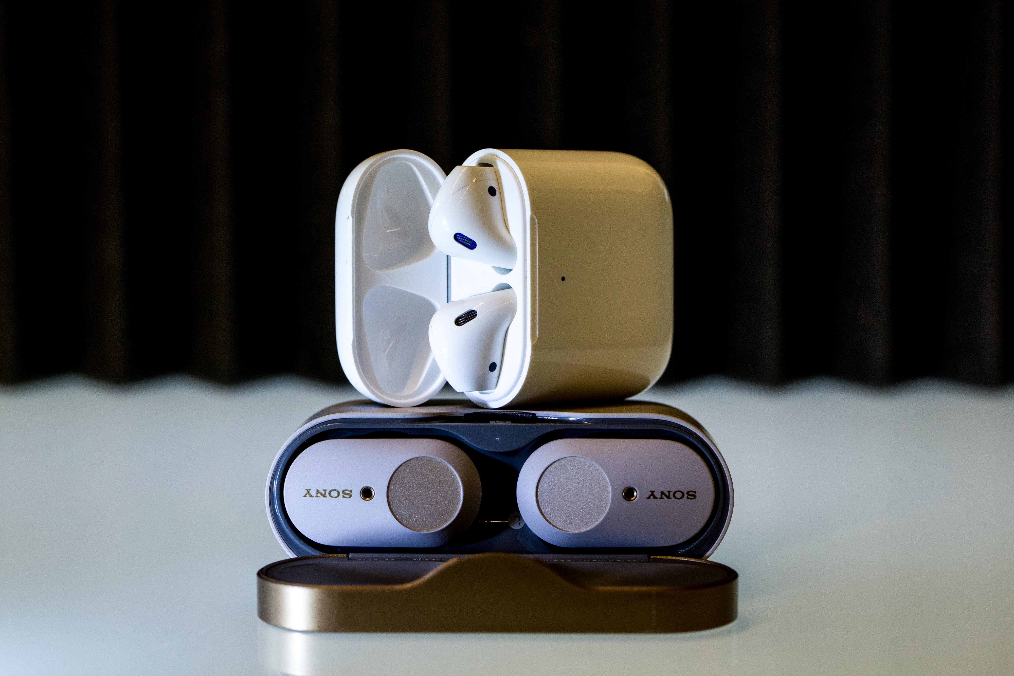 sony-wf1000-airpods-1