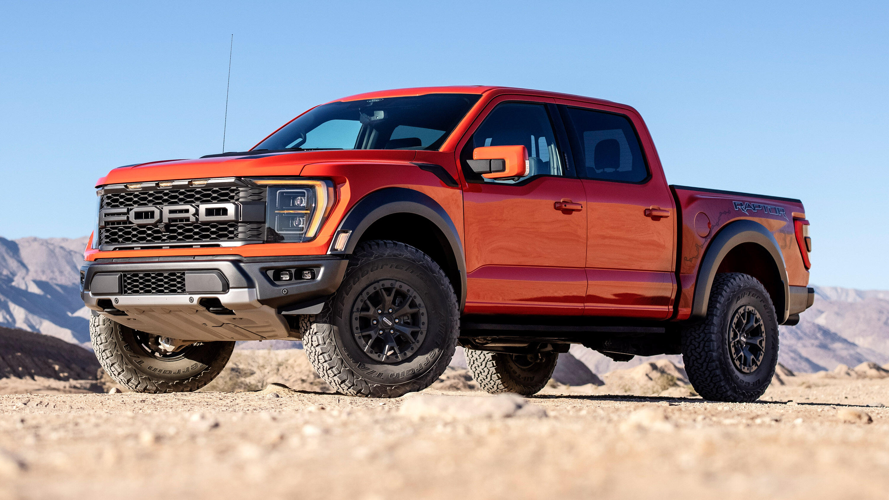 Video: The new Ford F-150 Raptor is here, and version 3.0 is louder and fiercer