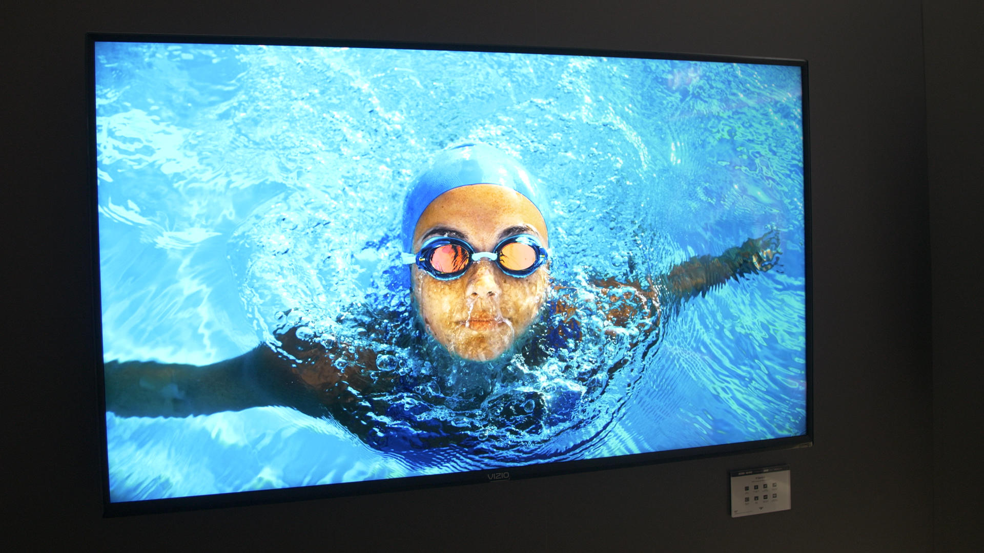 Video: Vizio debuts TVs with local dimming, quantum dots, AirPlay 2