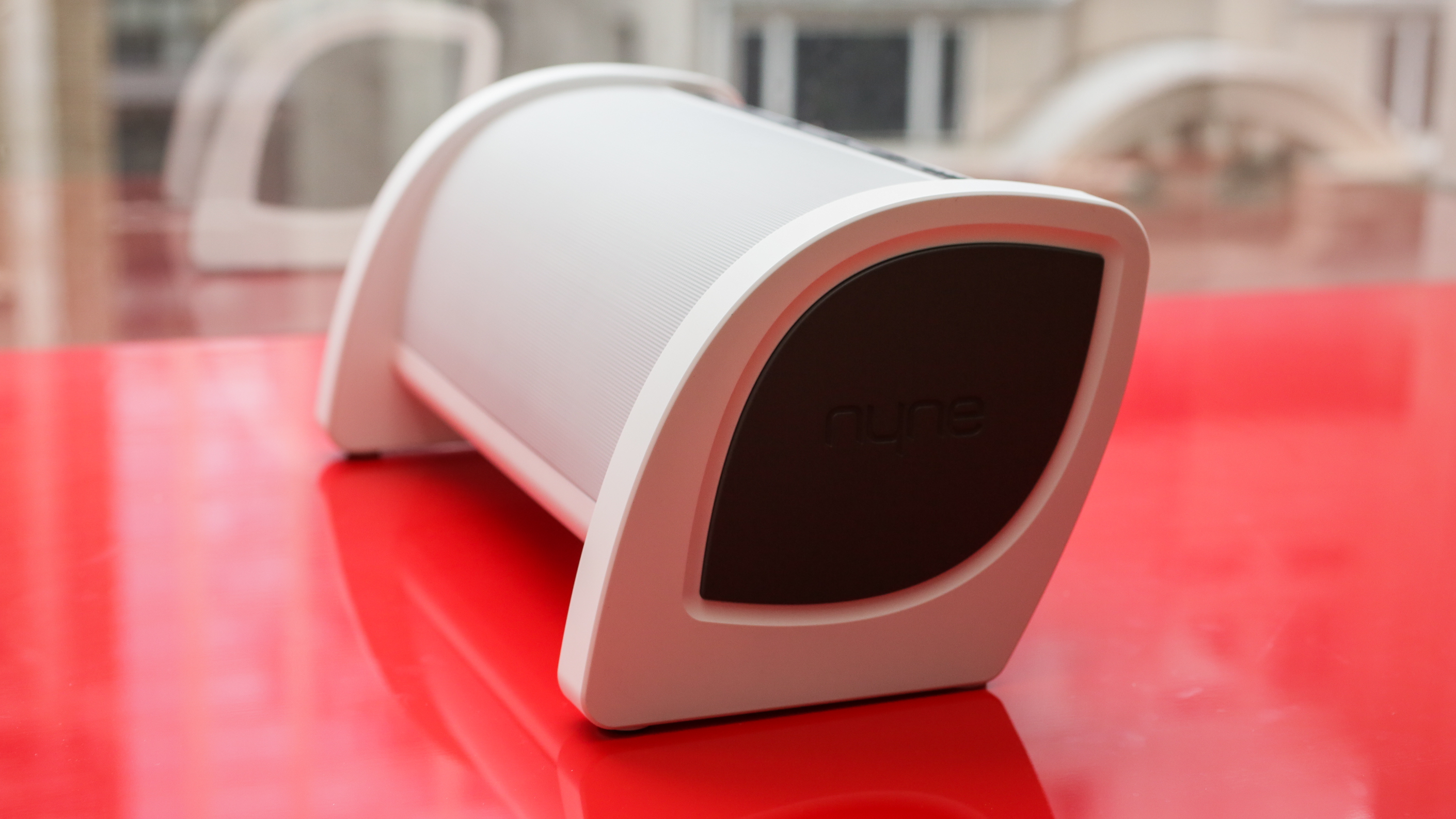 Modestly priced Bluetooth speaker that delivers meaty sound