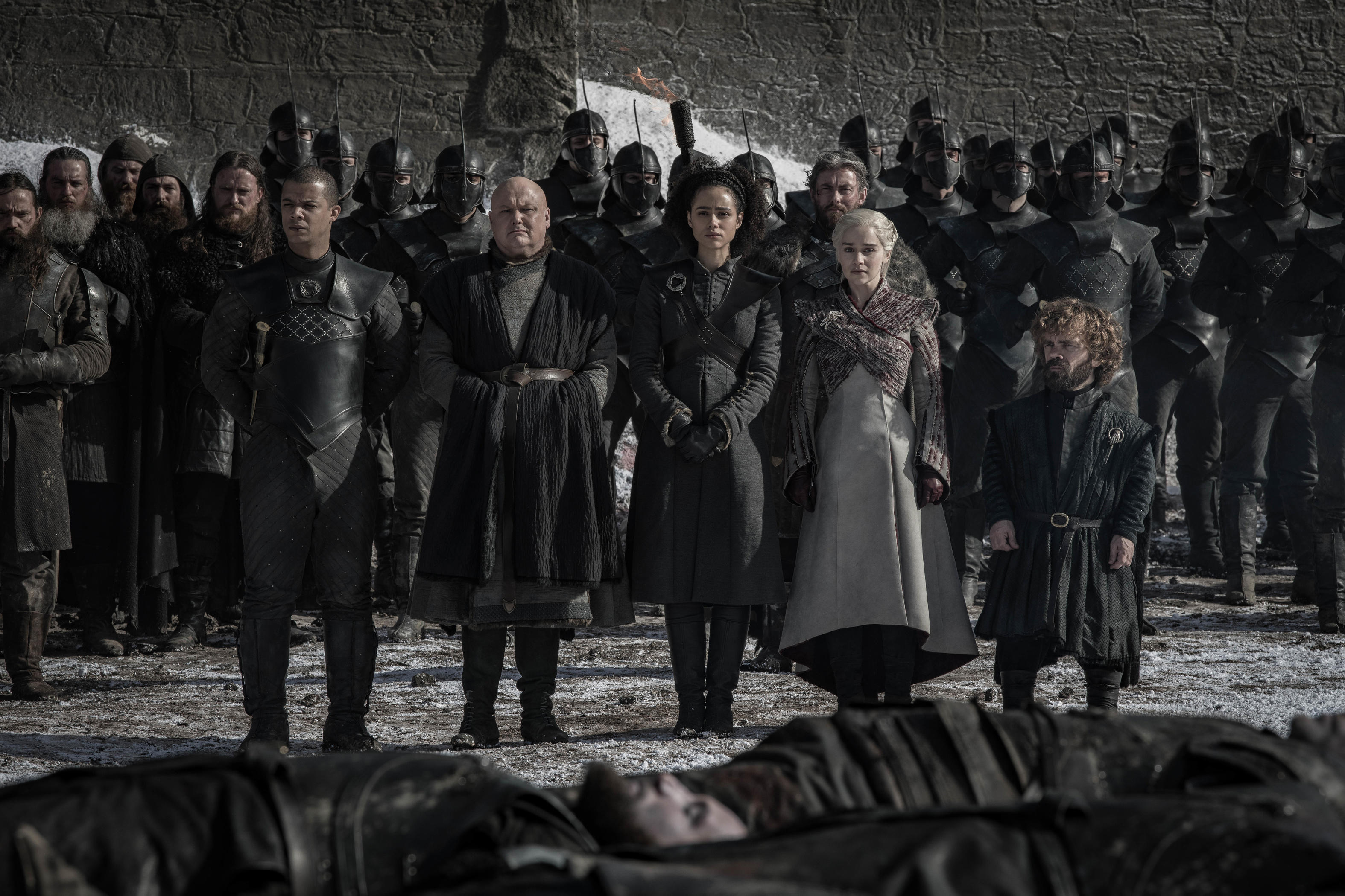 game-of-thrones-season-8-episode-4-gw-varys-dany-m-tyrion-outside