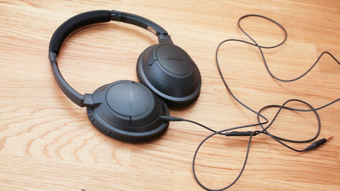 10bose-soundtrue-around-ear-headphones.jpg