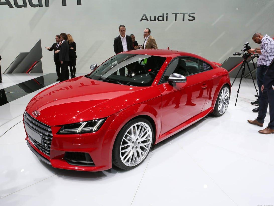 2015_Audi_TT_35835327-000.jpg