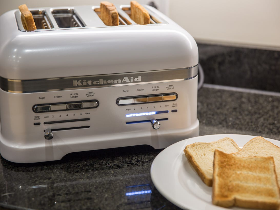 kitchen-aid-pro-line-toaster-product-photos-3.jpg