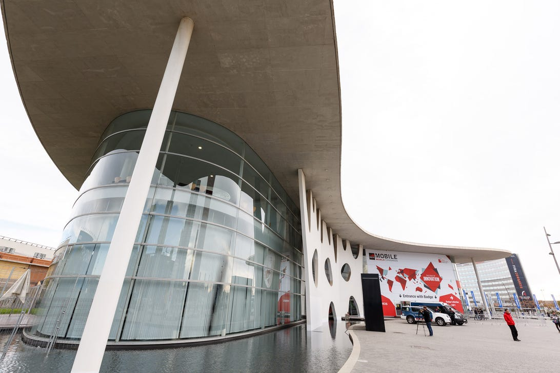 It's not by Barcelona's most famous architect, Antoni Gaudi, but the Fira Gran Via conference center does embrace some swoopy curves that go beyond the usual big-box look.