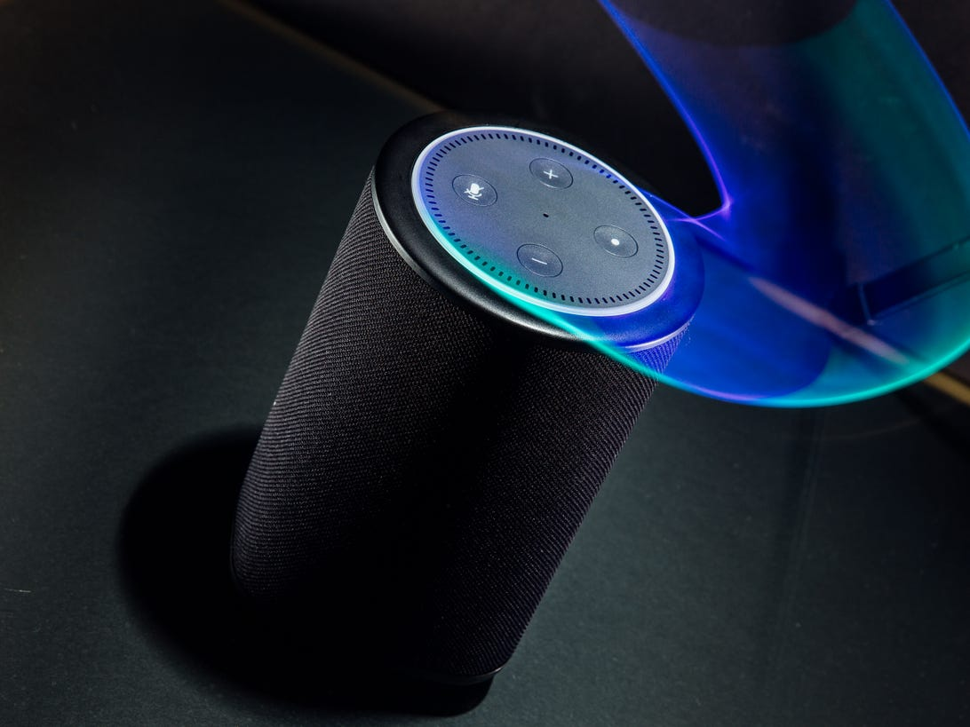 vaux-amazon-echo-dot-battery-speaker-product-photos-5.jpg