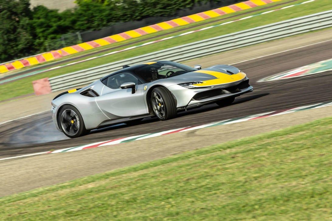 2021 Ferrari SF90 Stradale