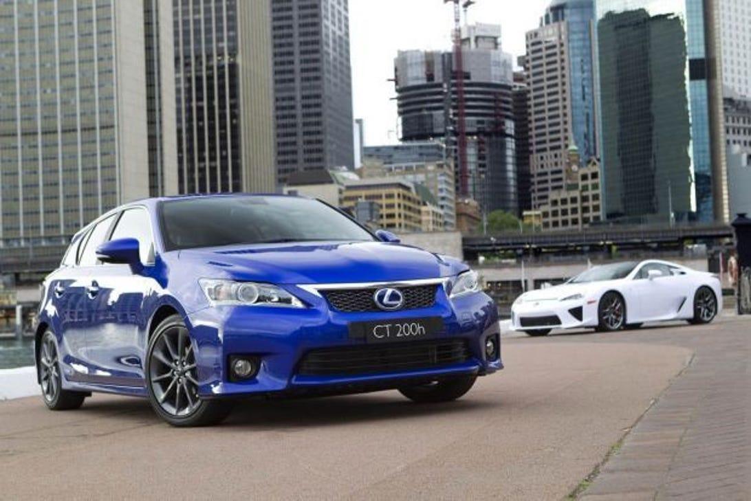 2011-lexus-ct-200h-f-sport-12.jpg
