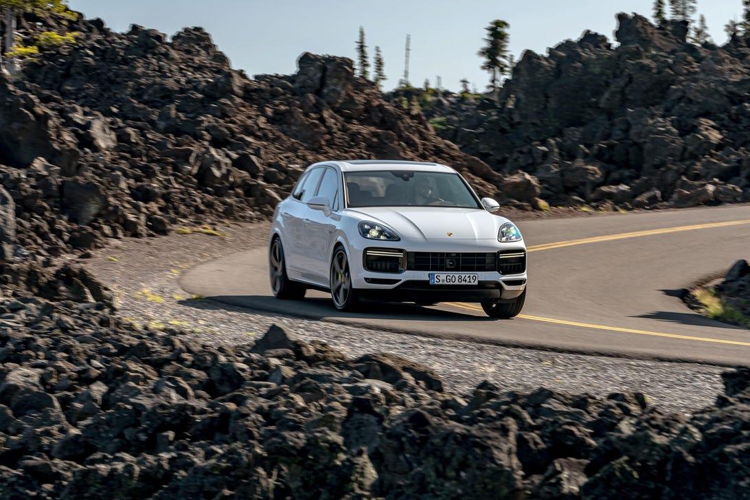 2020 Porsche Cayenne Turbo S E-Hybrid