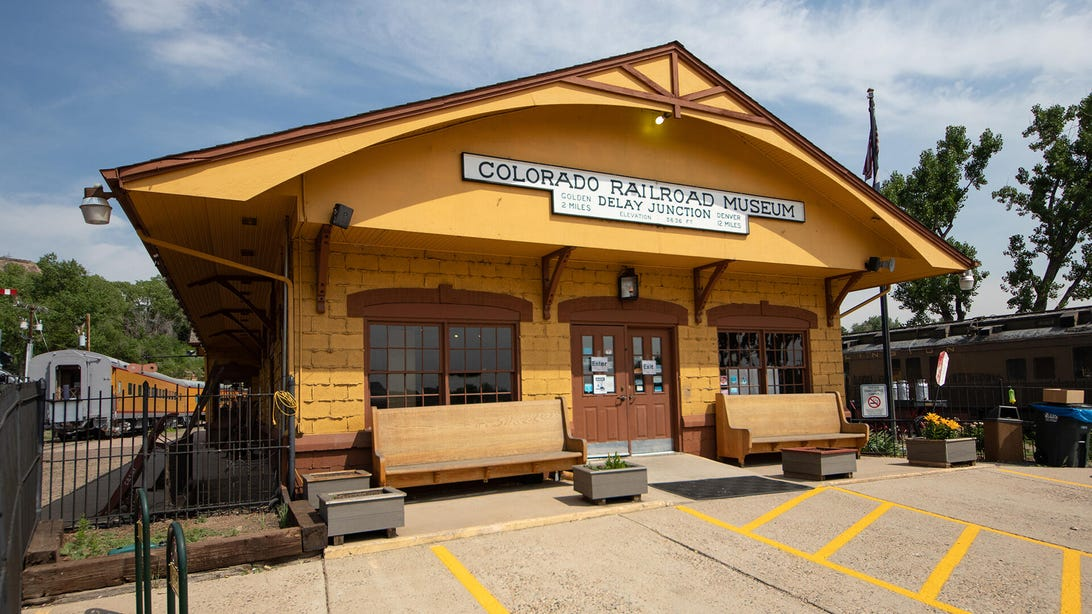 colorado-railroad-museum-11-of-42