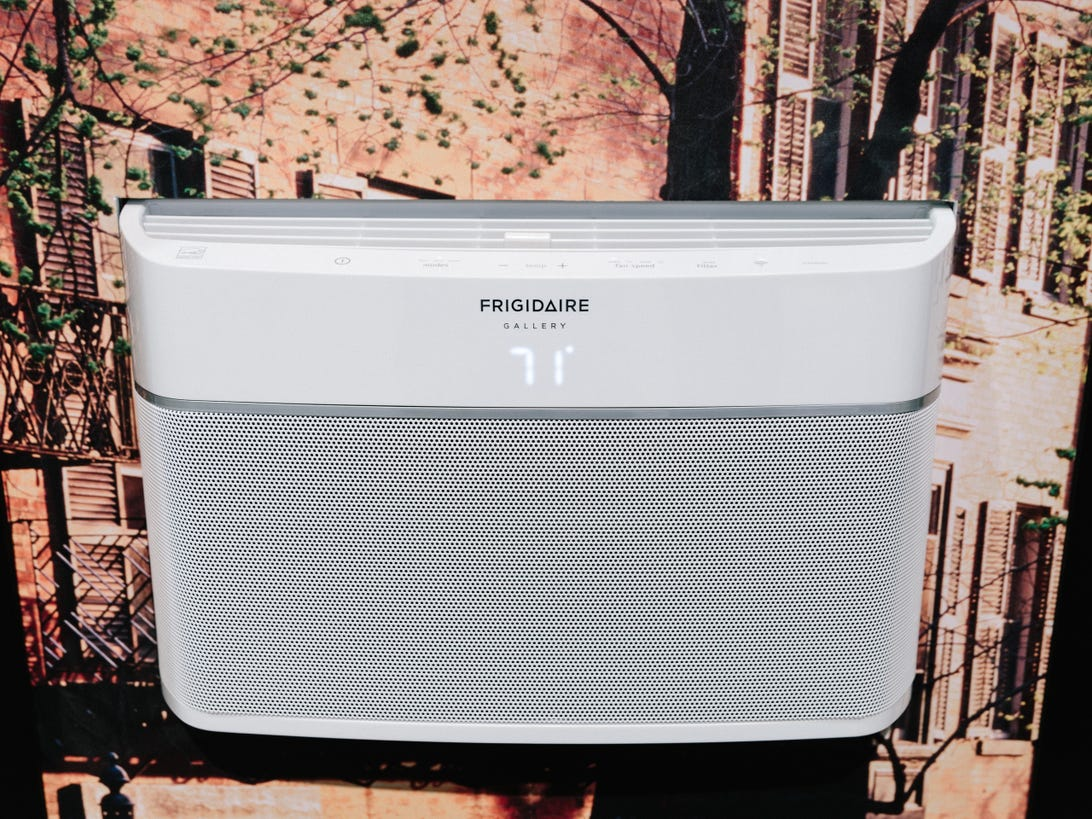 frigidaire-cool-connect-air-conditioner-product-photos-1.jpg